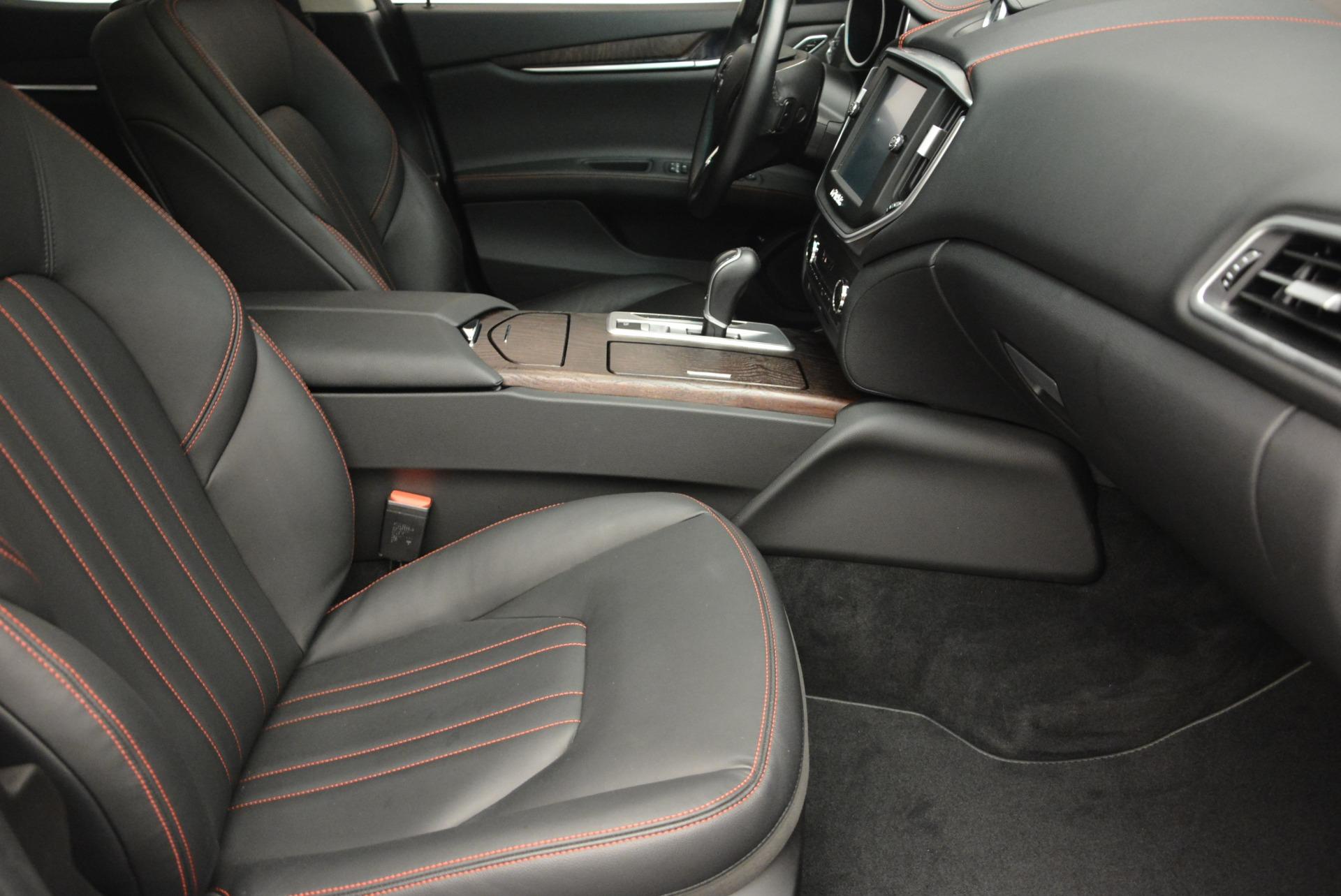 Used 2016 Maserati Ghibli S Q4  EX- LOANER For Sale In Westport, CT 668_p20