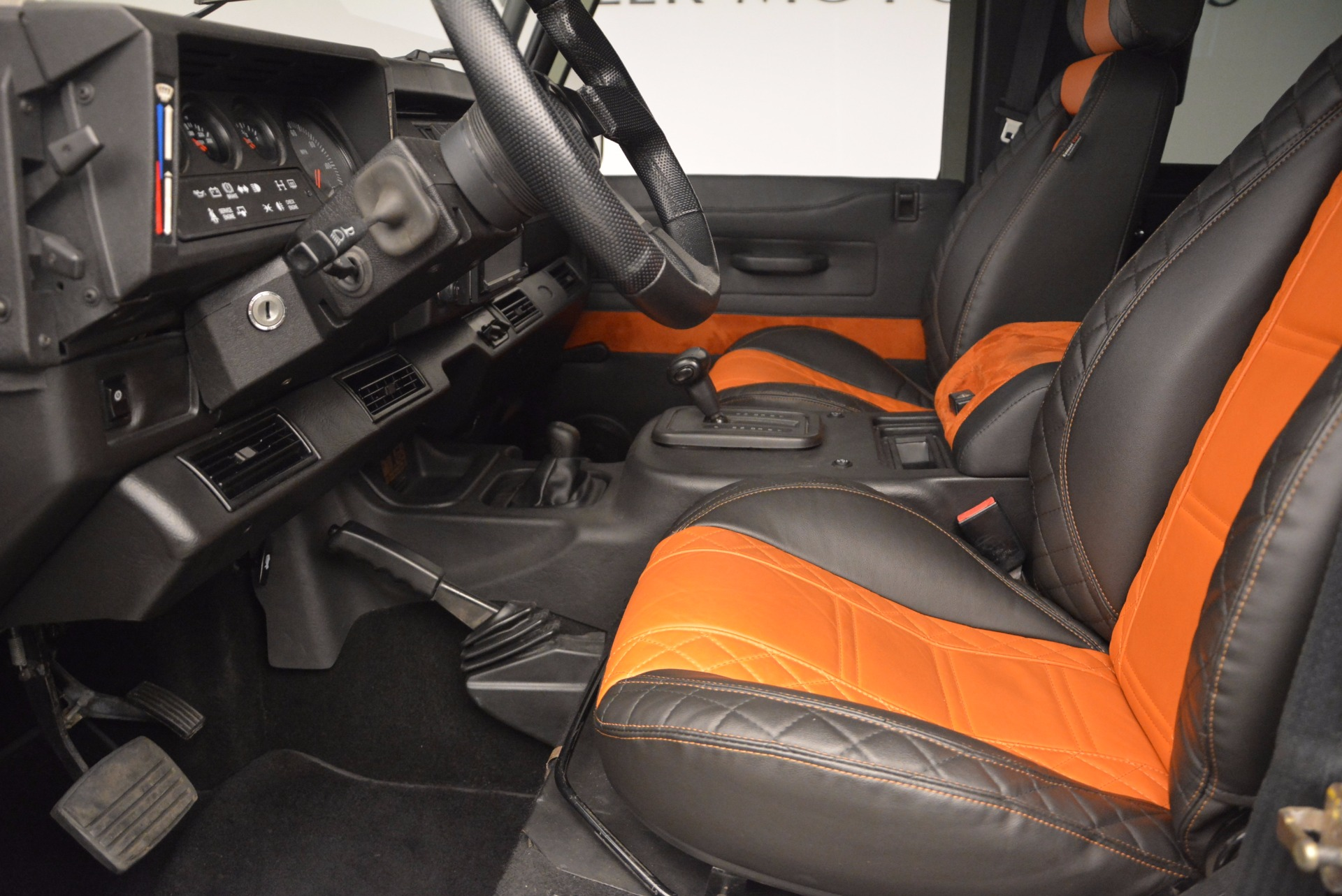 Used 1997 Land Rover Defender 90 For Sale In Westport, CT 670_p14