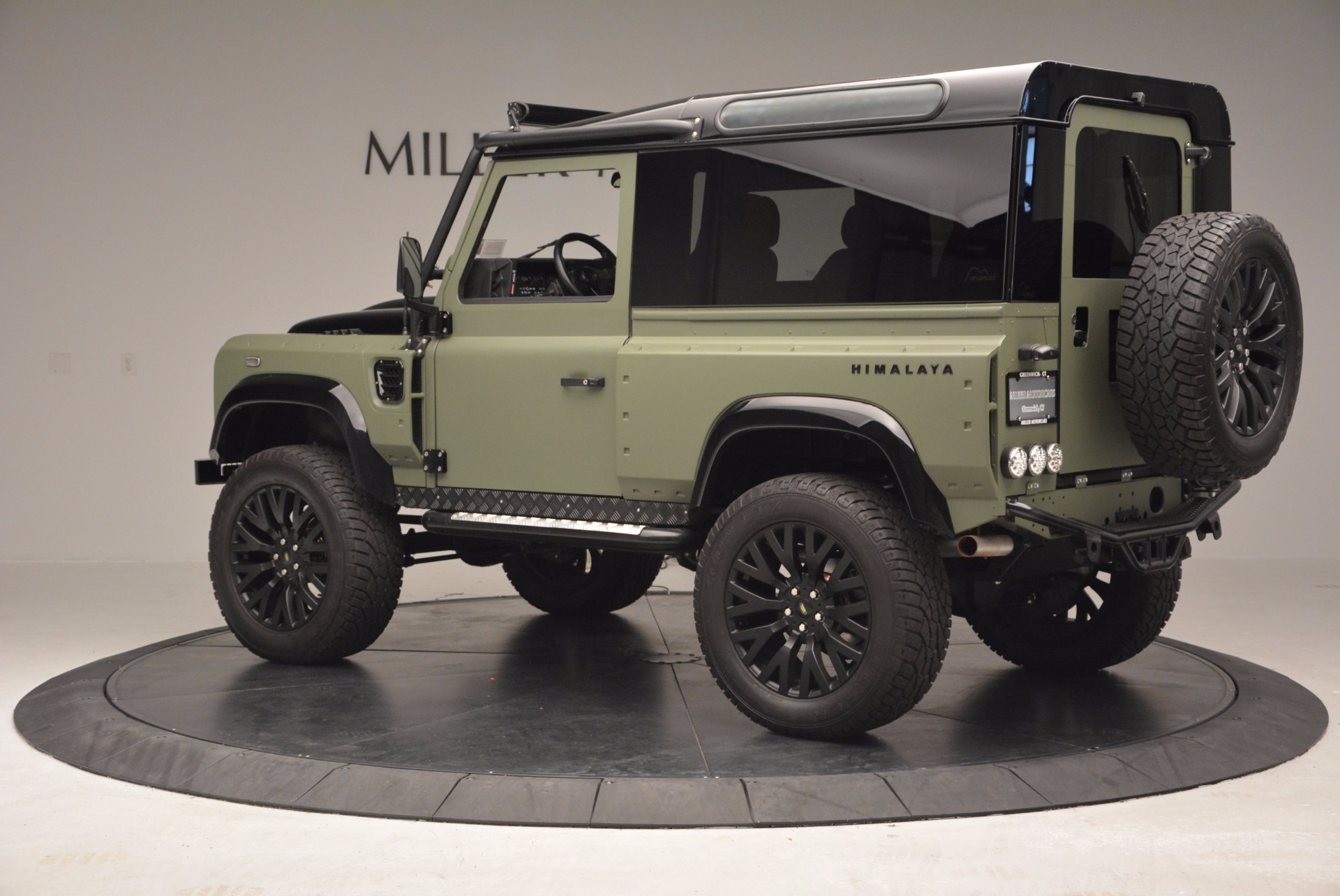 Used 1997 Land Rover Defender 90 For Sale In Westport, CT 670_p4