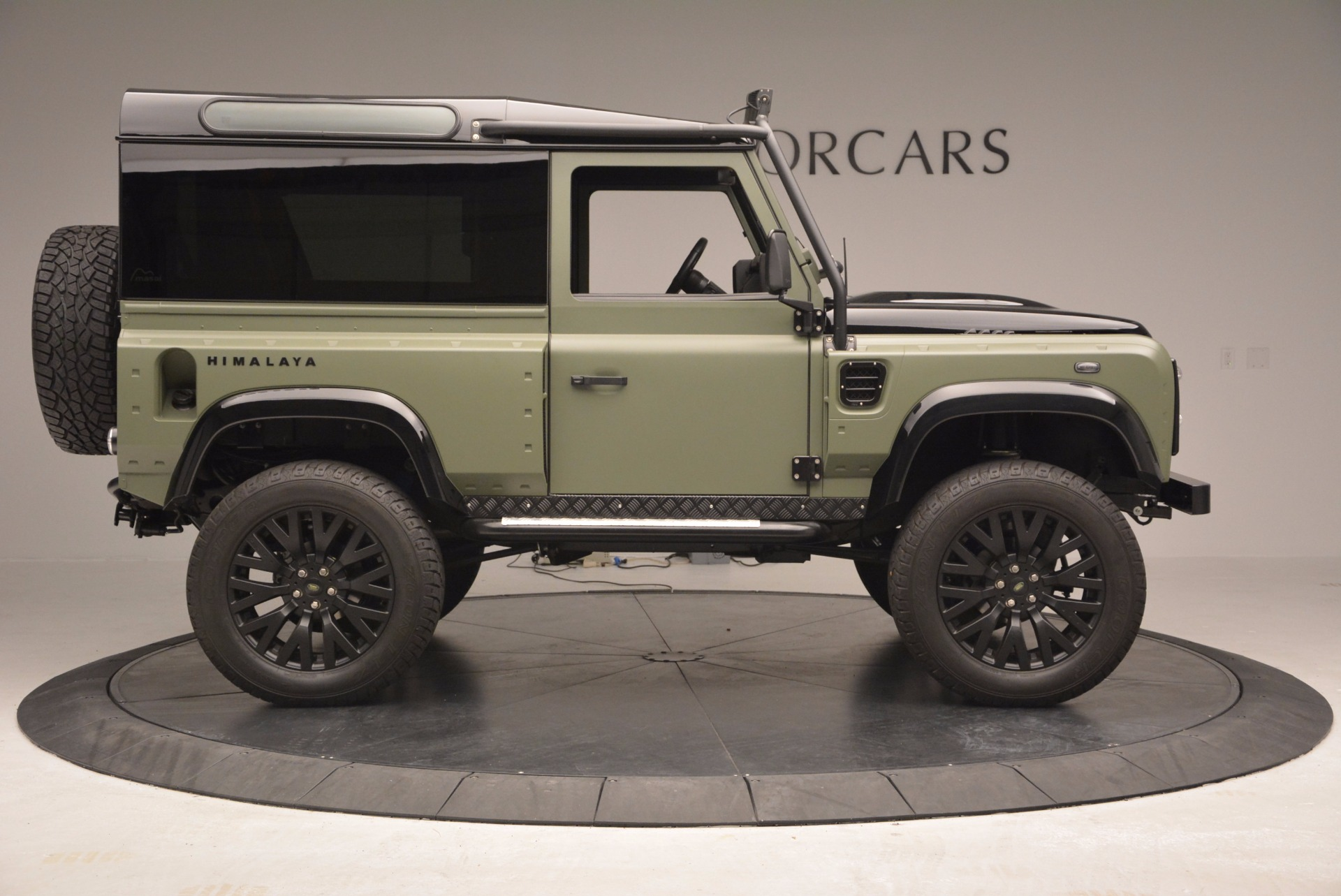 Used 1997 Land Rover Defender 90 For Sale In Westport, CT 670_p9
