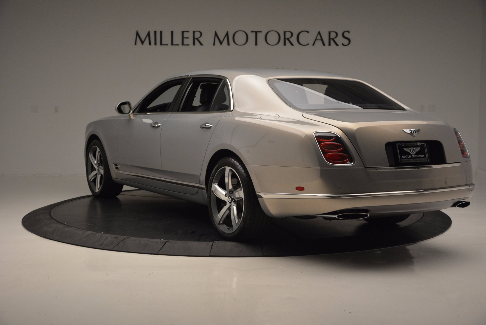 Used 2016 Bentley Mulsanne Speed For Sale In Westport, CT 671_p6