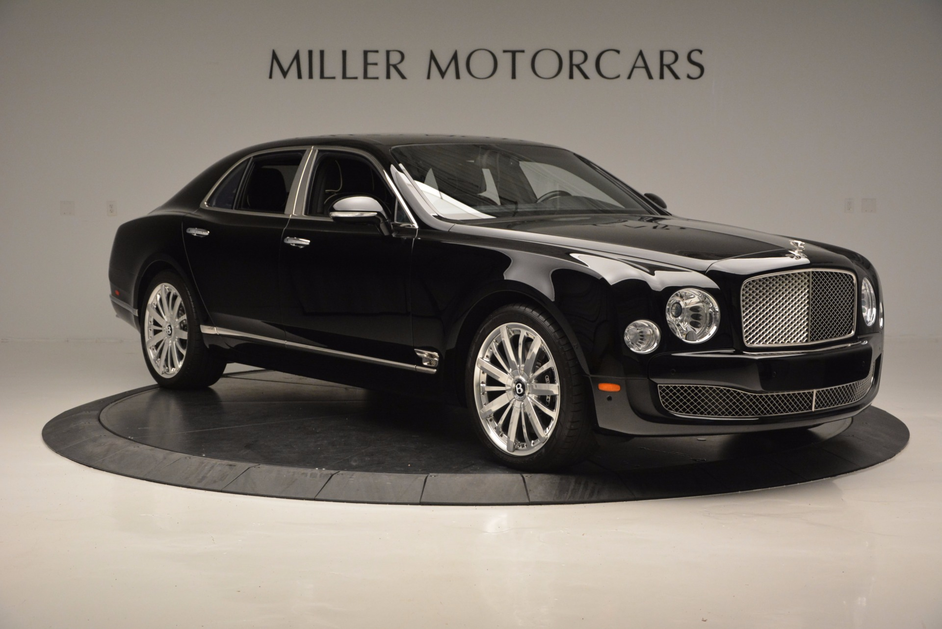 Used 2016 Bentley Mulsanne  For Sale In Westport, CT 672_p11