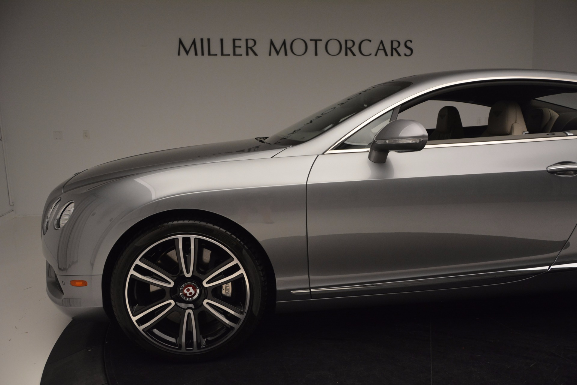 Used 2014 Bentley Continental GT V8  For Sale In Westport, CT 673_p17