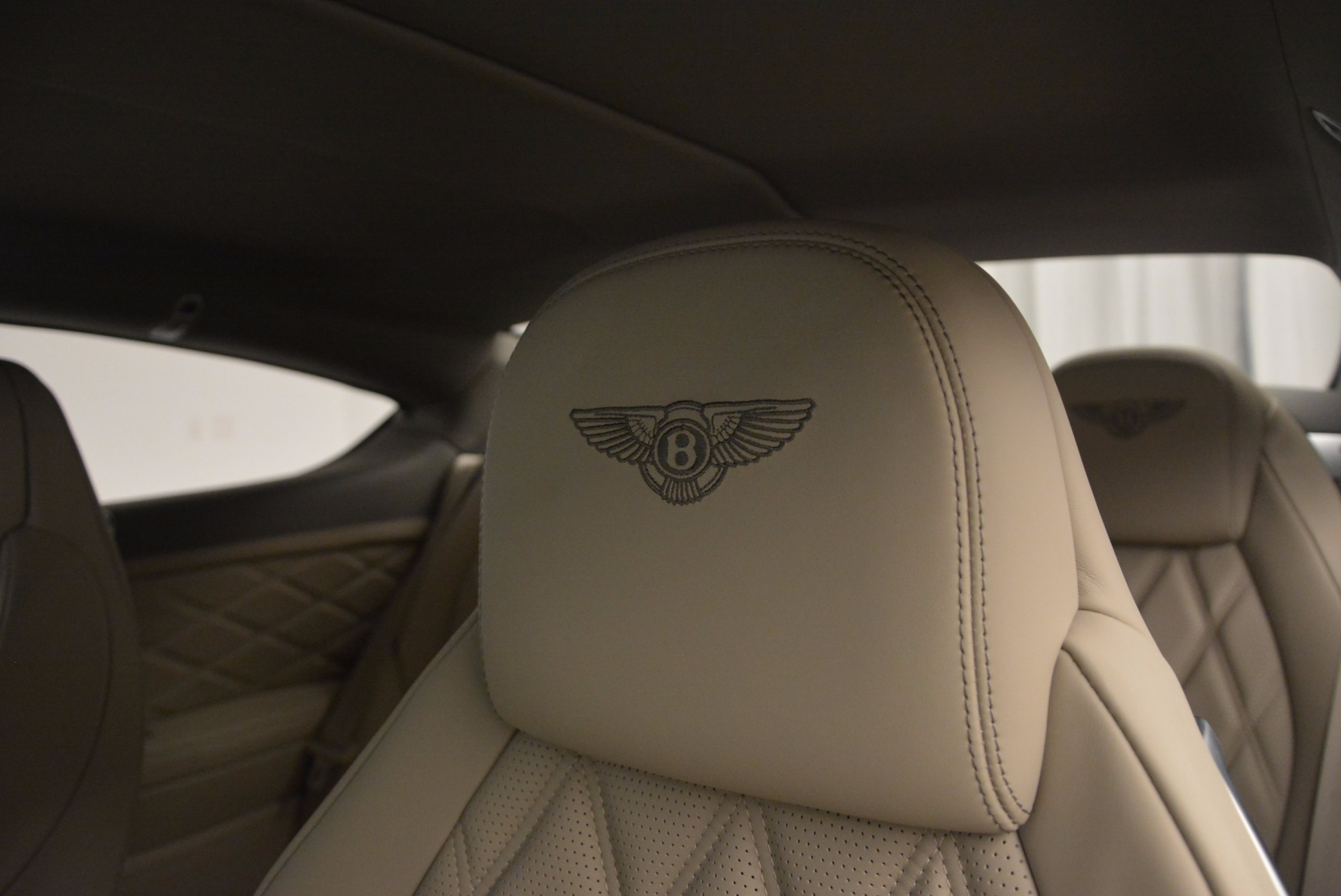 Used 2014 Bentley Continental GT V8  For Sale In Westport, CT 673_p23