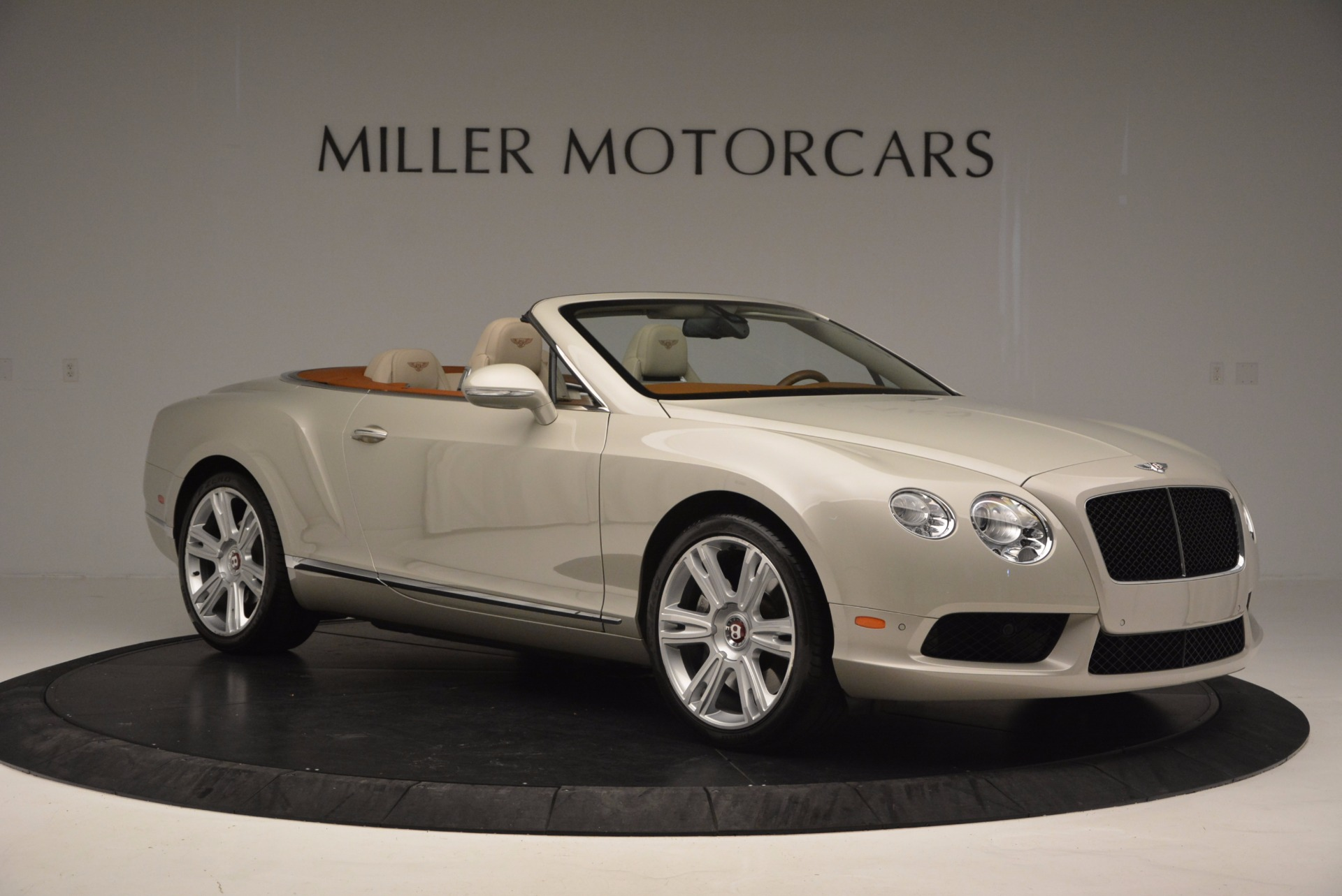 Used 2013 Bentley Continental GTC V8  For Sale In Westport, CT 675_p10