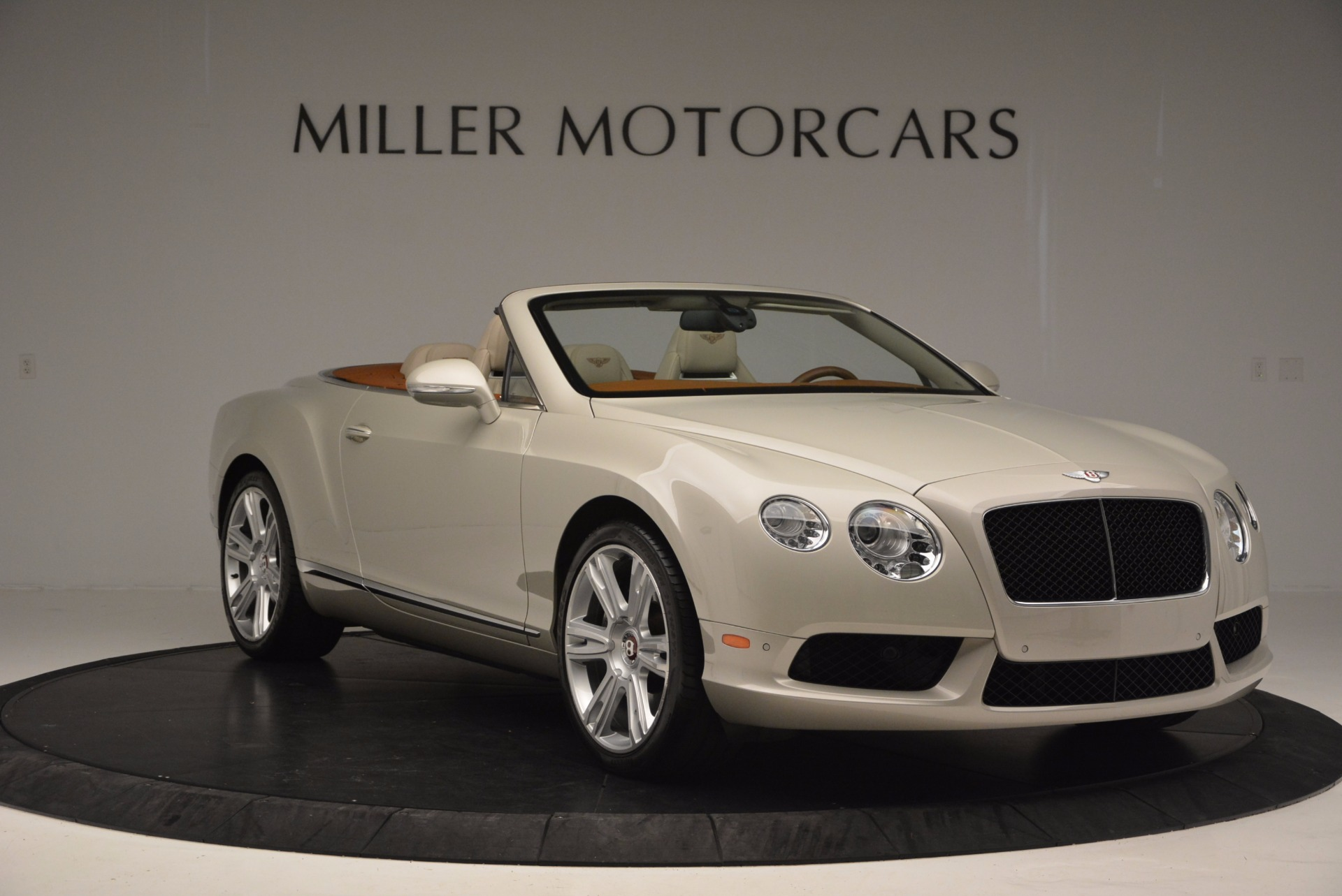 Used 2013 Bentley Continental GTC V8  For Sale In Westport, CT 675_p11