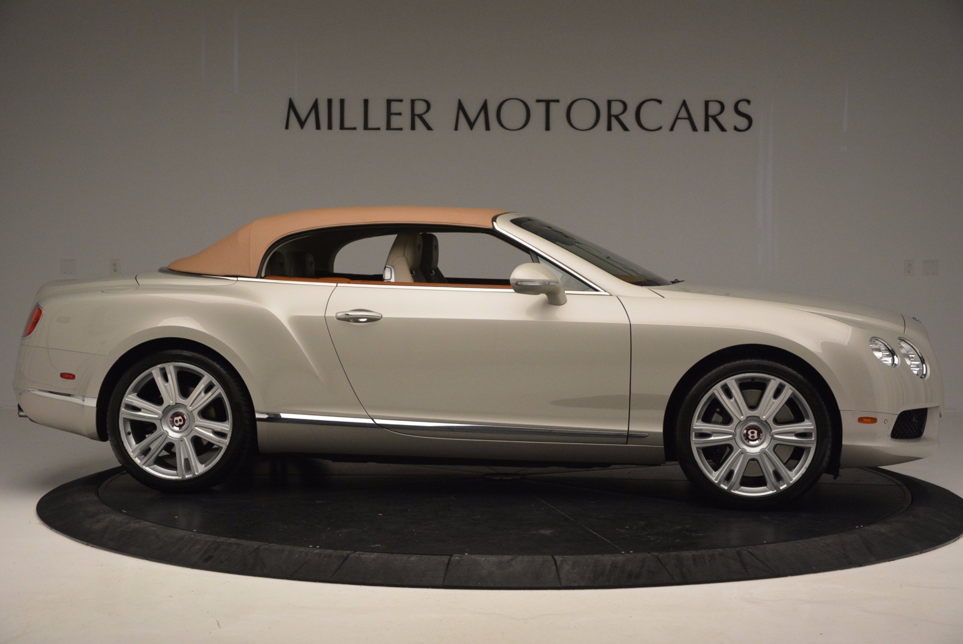Used 2013 Bentley Continental GTC V8  For Sale In Westport, CT 675_p22