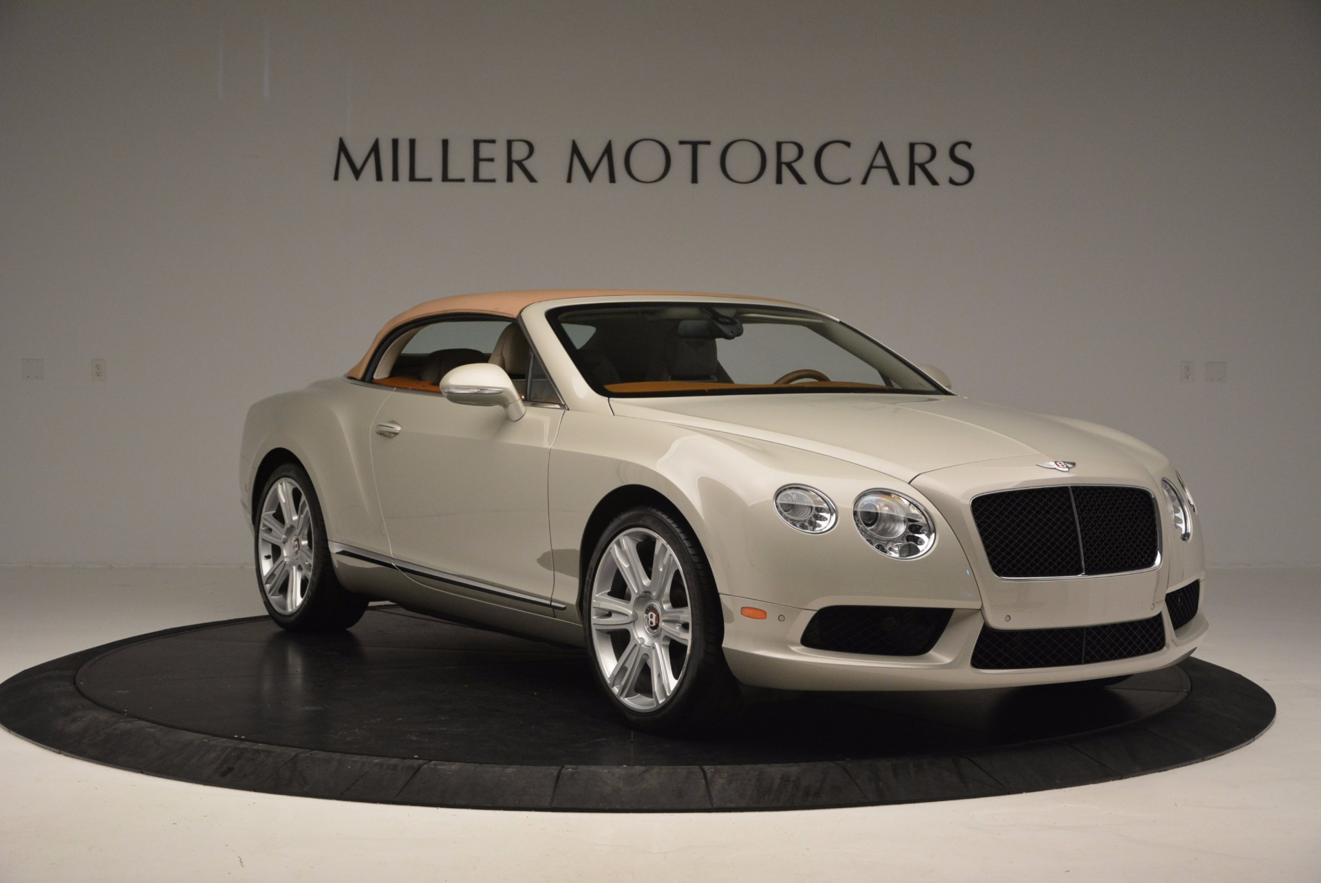 Used 2013 Bentley Continental GTC V8  For Sale In Westport, CT 675_p24