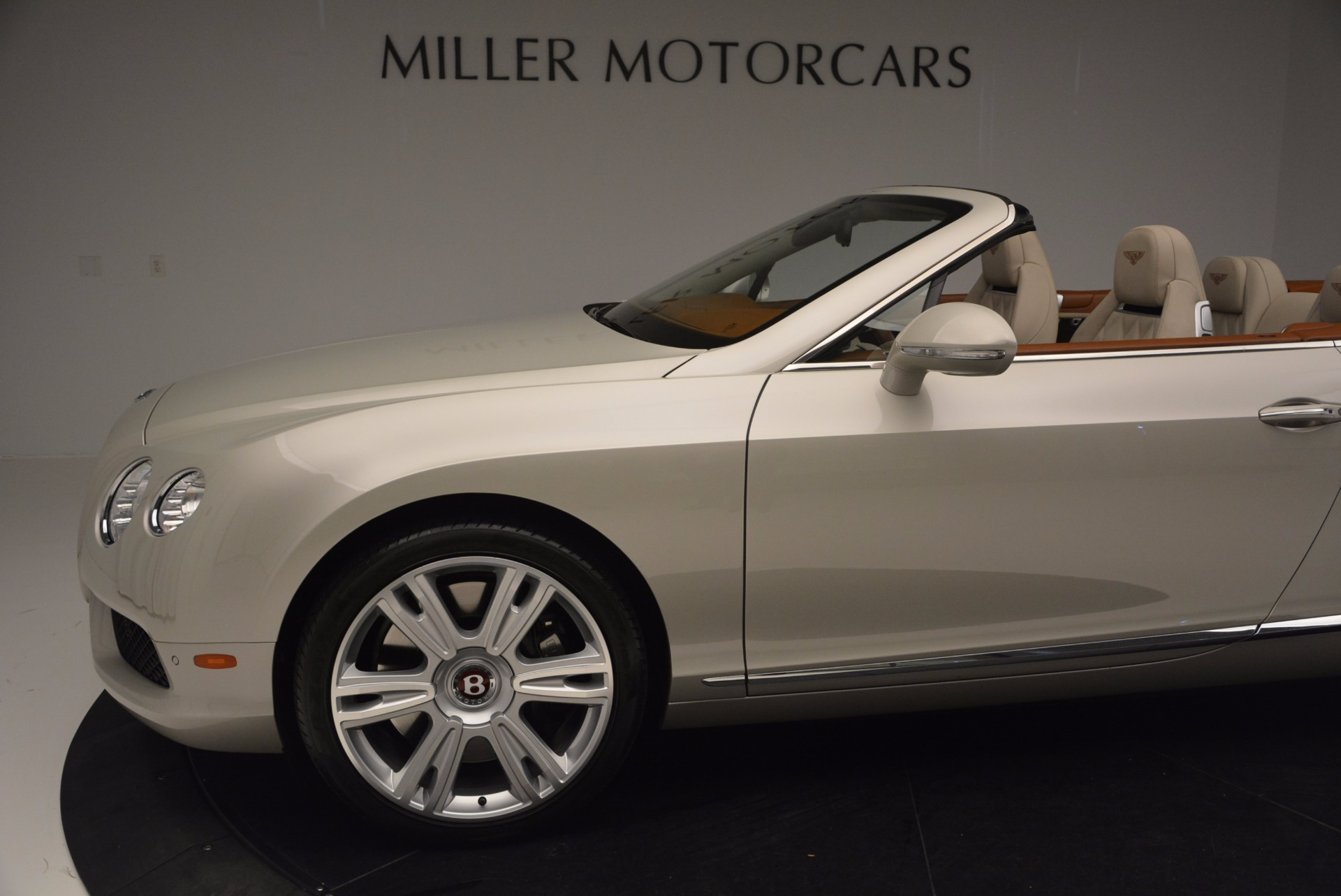 Used 2013 Bentley Continental GTC V8  For Sale In Westport, CT 675_p30