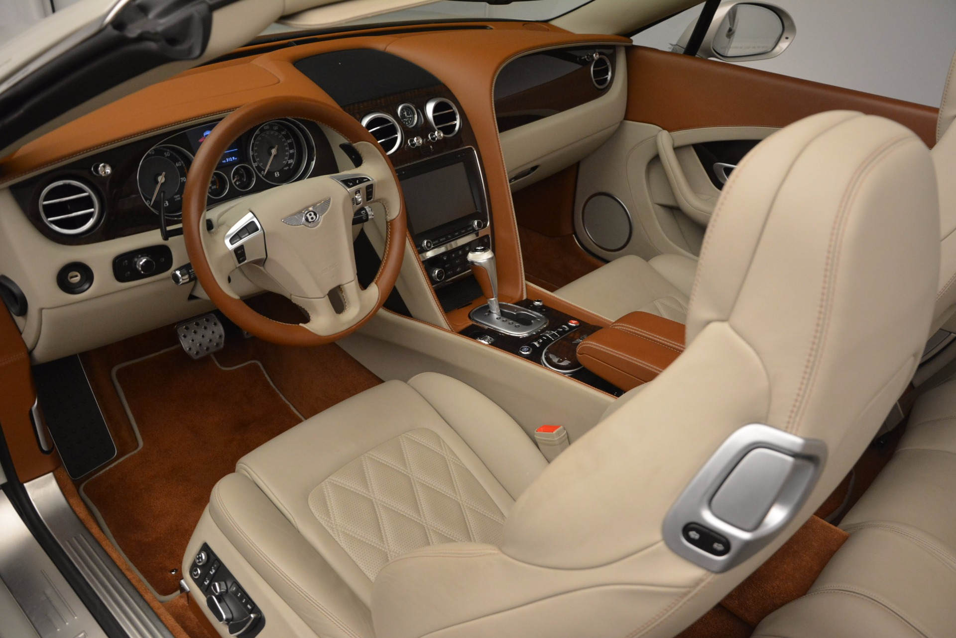 Used 2013 Bentley Continental GTC V8  For Sale In Westport, CT 675_p32