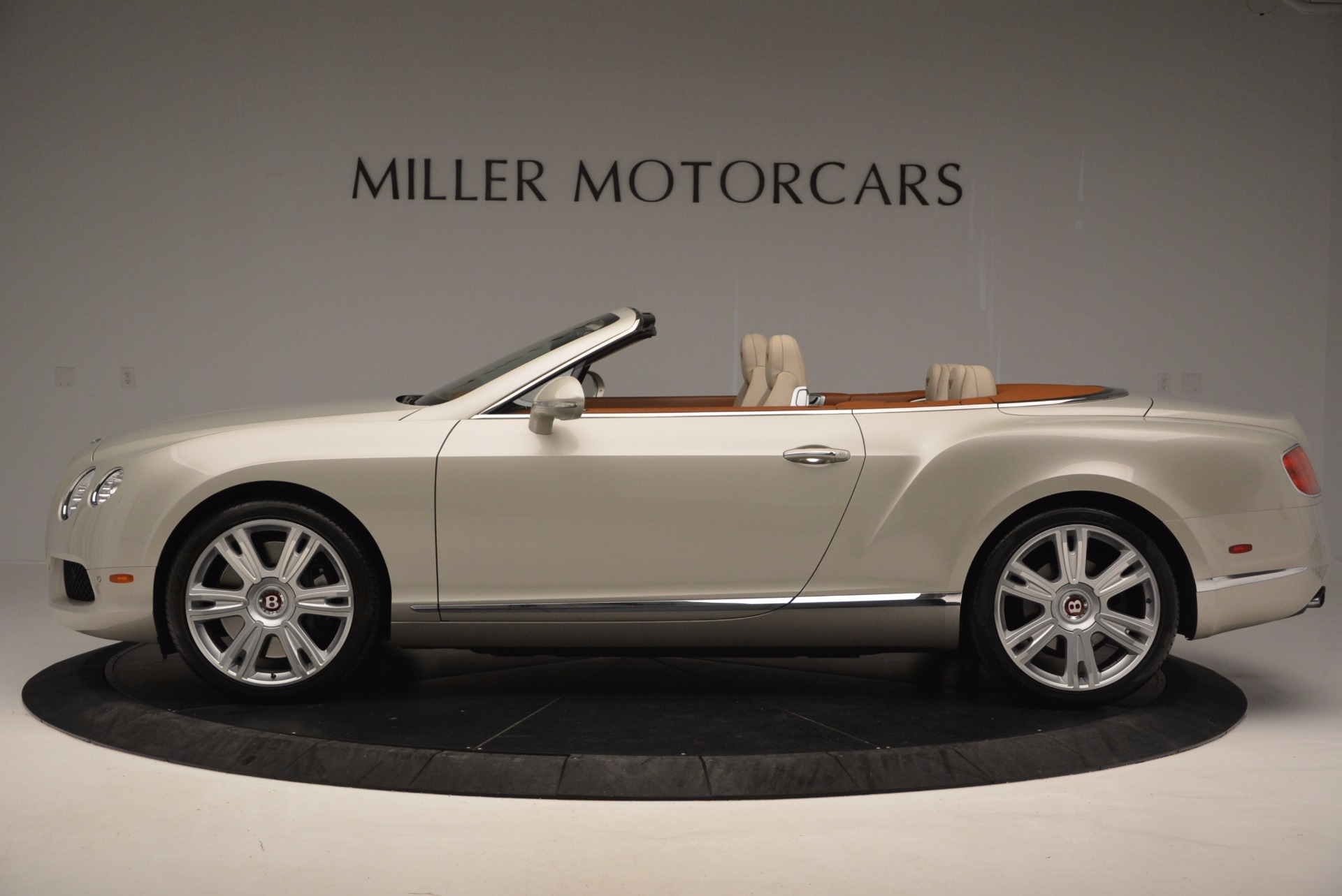 Used 2013 Bentley Continental GTC V8  For Sale In Westport, CT 675_p3