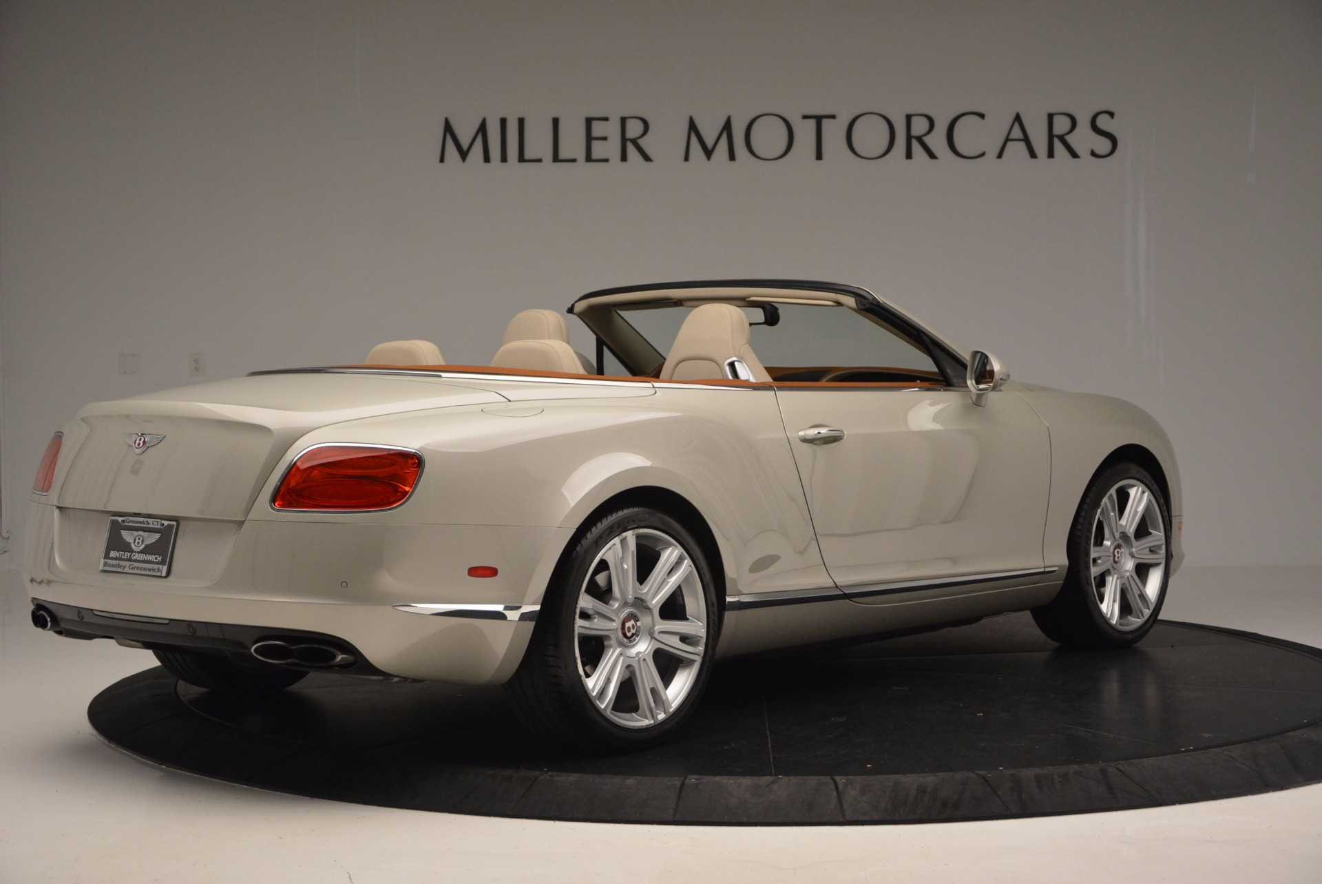 Used 2013 Bentley Continental GTC V8  For Sale In Westport, CT 675_p8