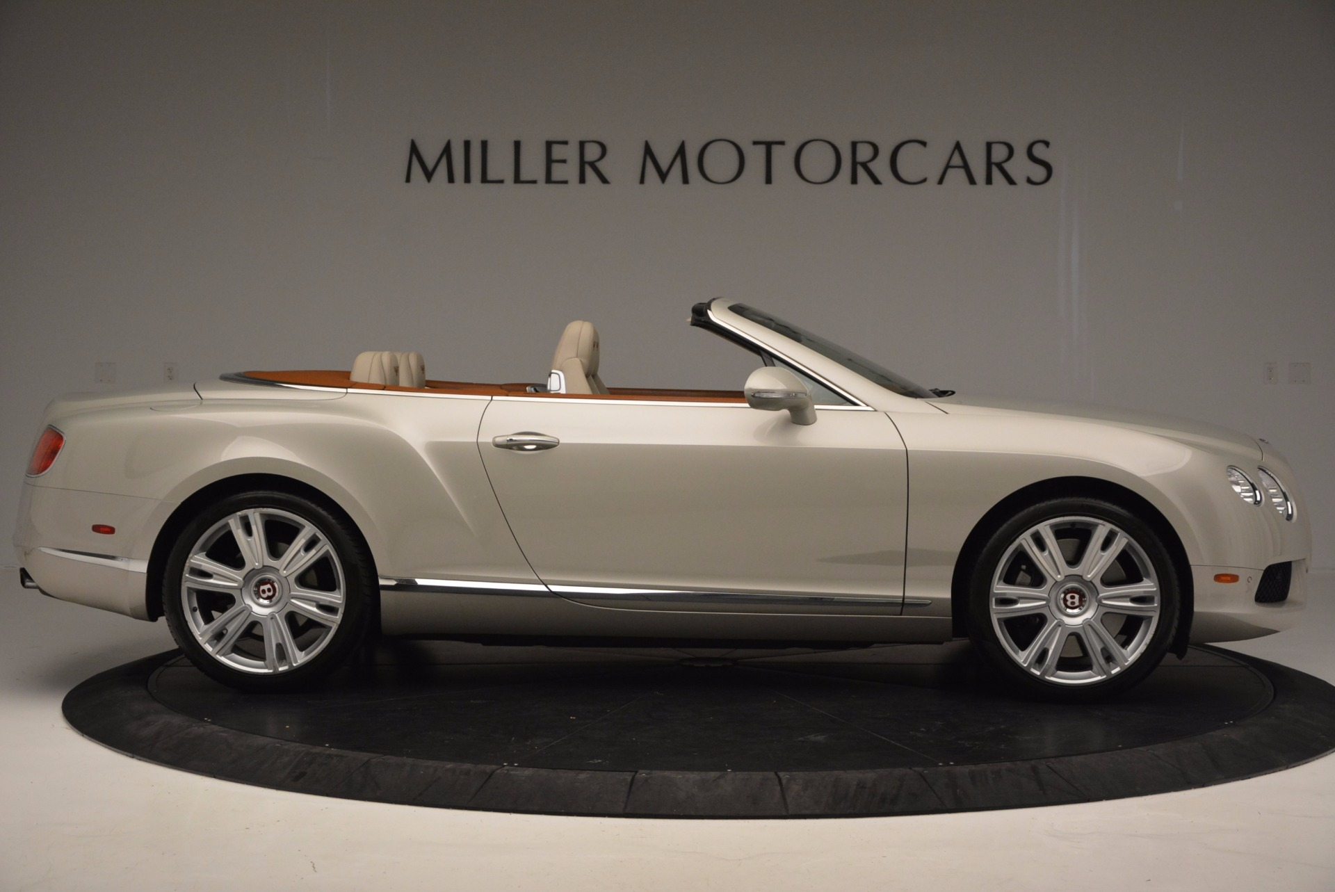 Used 2013 Bentley Continental GTC V8  For Sale In Westport, CT 675_p9