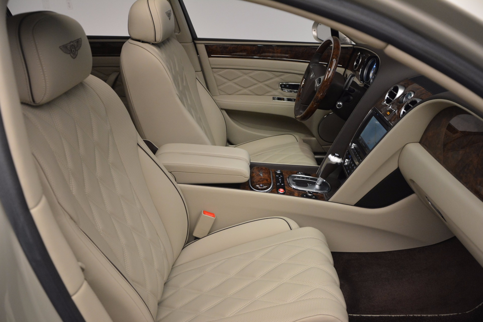 Used 2015 Bentley Flying Spur W12  For Sale In Westport, CT 694_p39