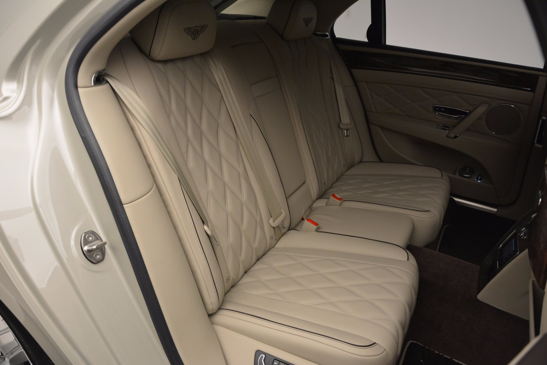 Used 2015 Bentley Flying Spur W12  For Sale In Westport, CT 694_p45