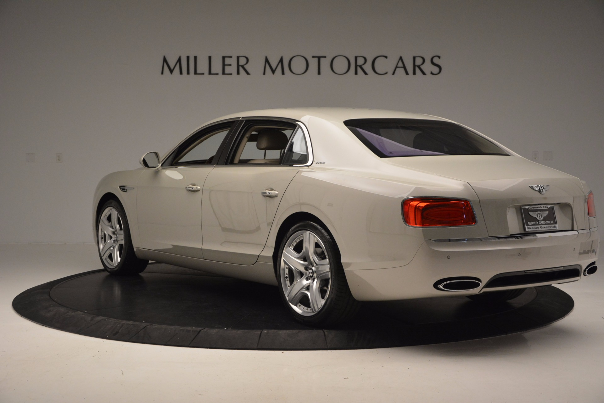 Used 2015 Bentley Flying Spur W12  For Sale In Westport, CT 694_p5
