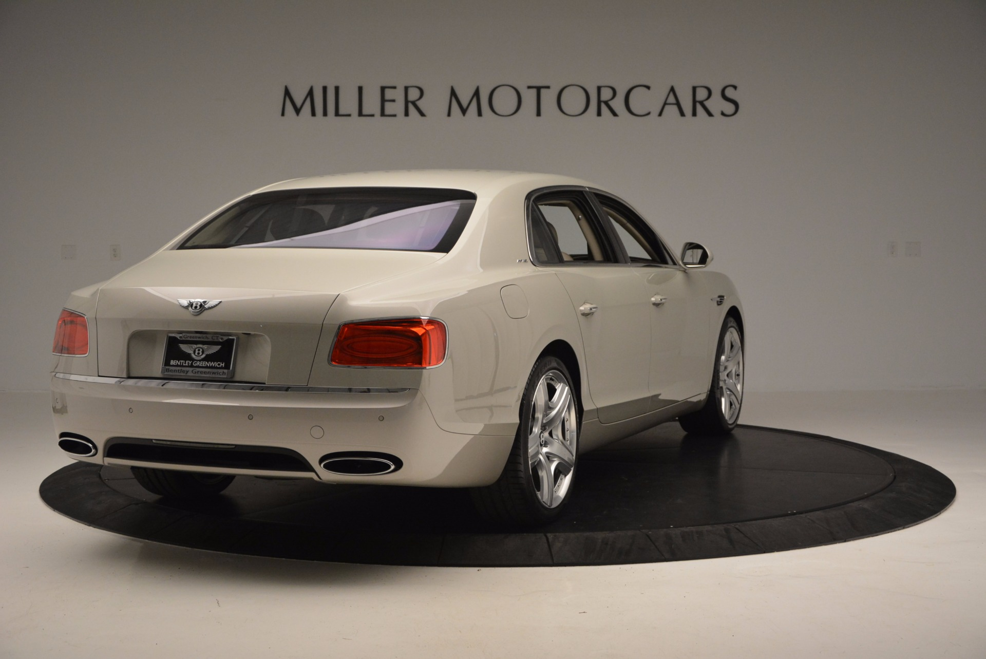 Used 2015 Bentley Flying Spur W12  For Sale In Westport, CT 694_p7