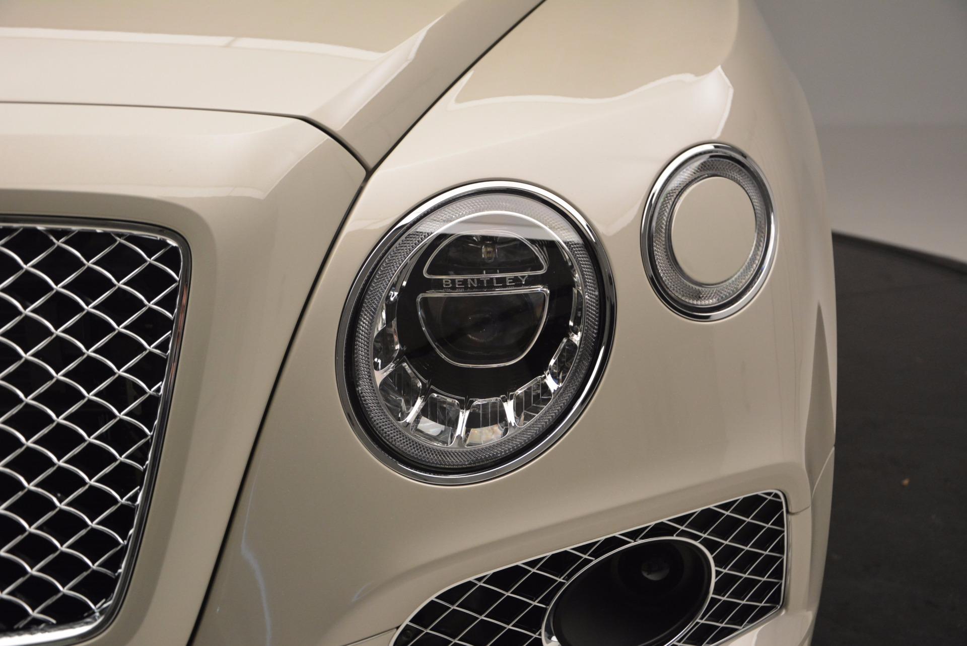 Used 2017 Bentley Bentayga  For Sale In Westport, CT 695_p11
