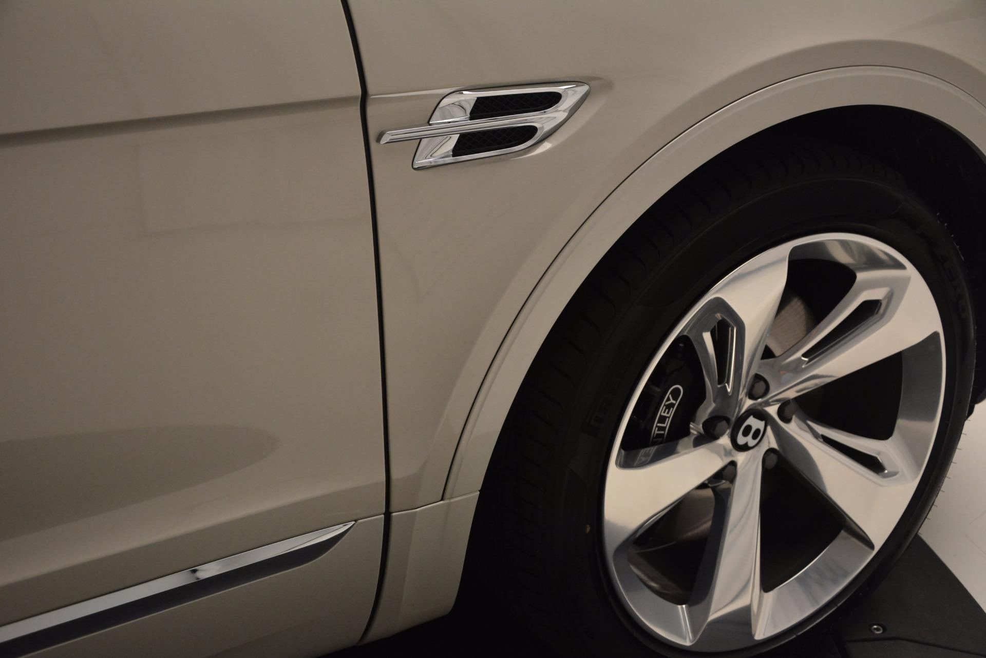 Used 2017 Bentley Bentayga  For Sale In Westport, CT 695_p15