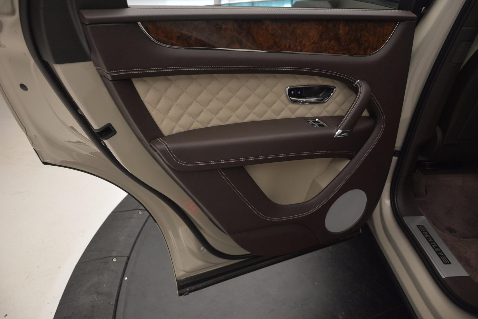Used 2017 Bentley Bentayga  For Sale In Westport, CT 695_p25