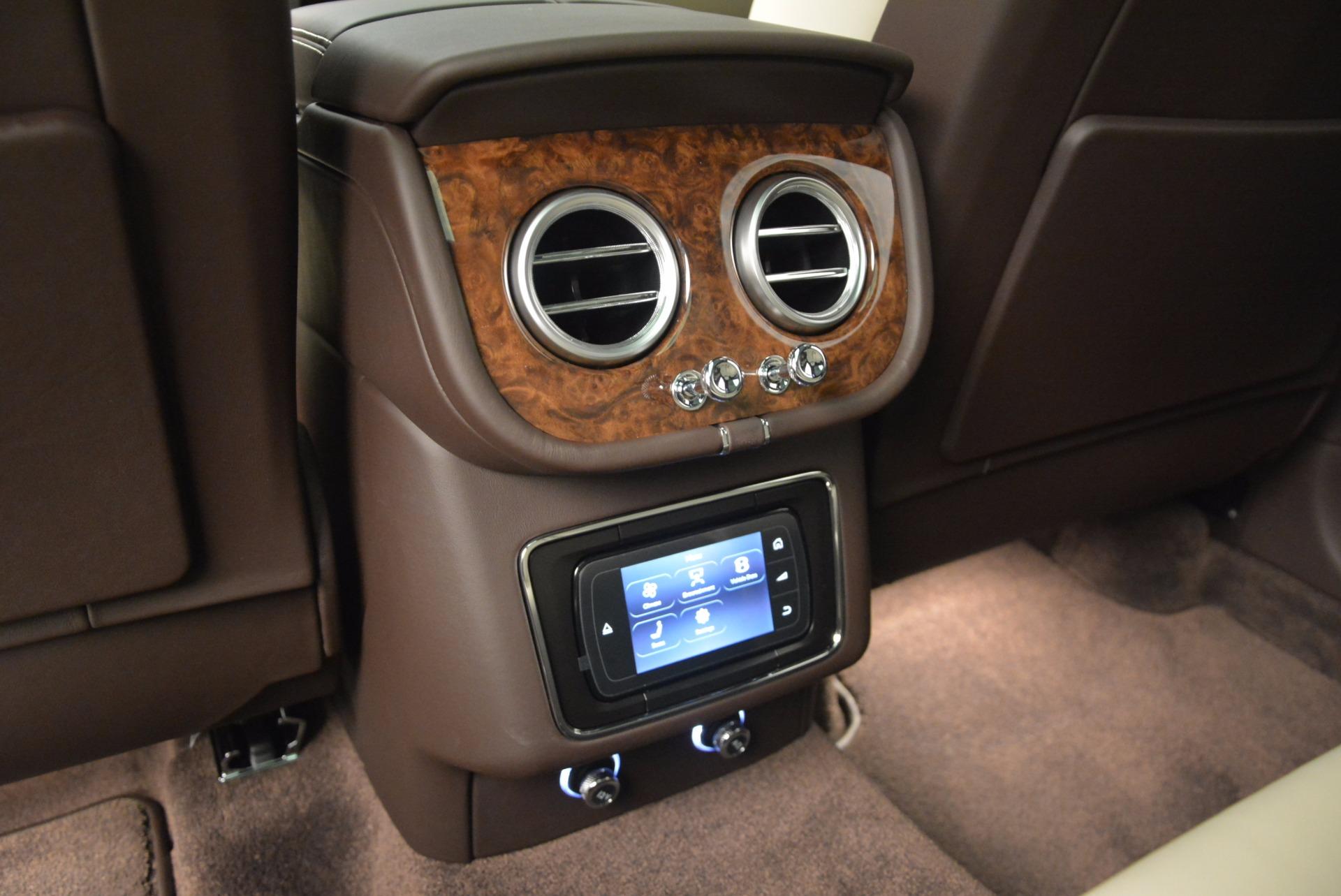 Used 2017 Bentley Bentayga  For Sale In Westport, CT 695_p31