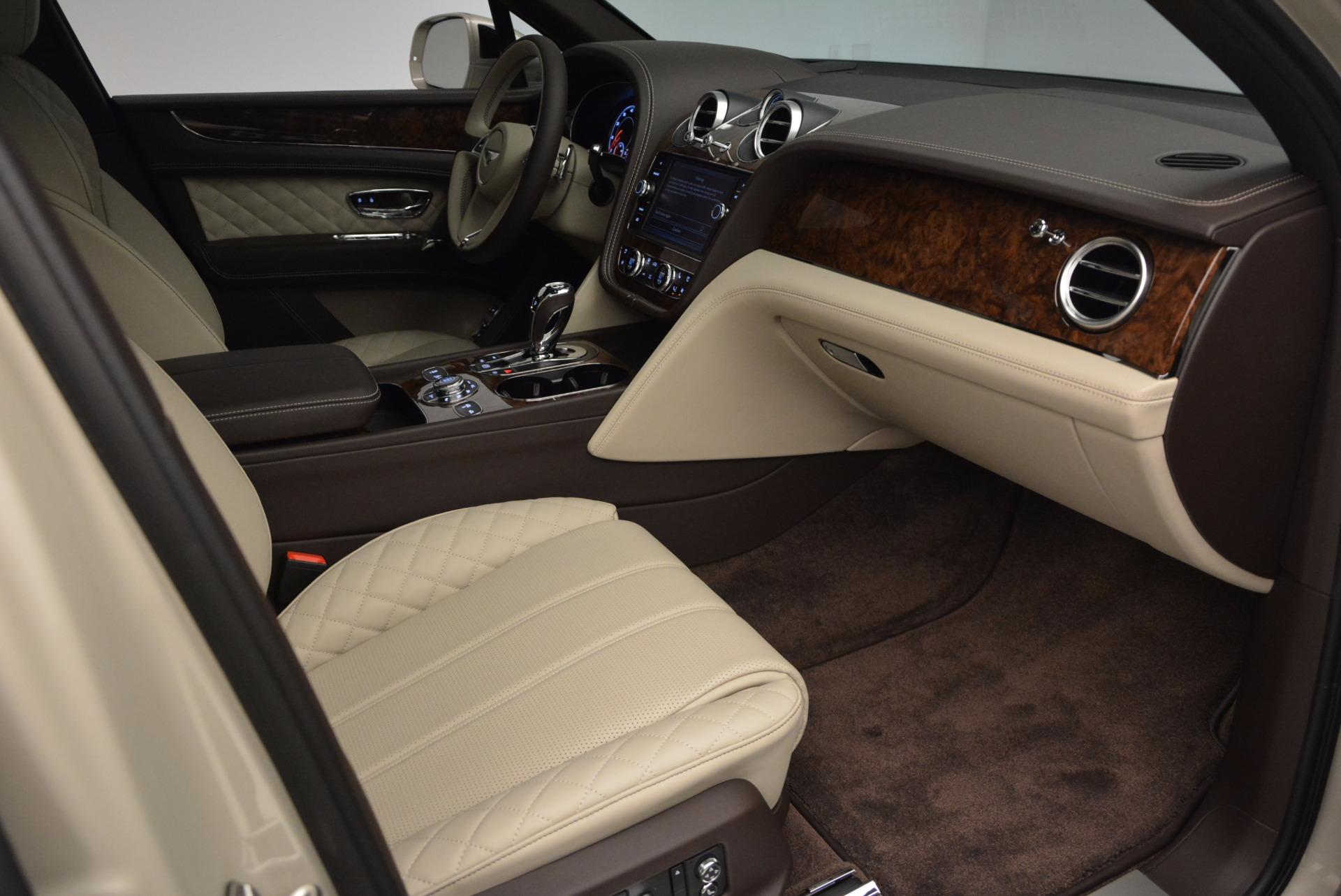 Used 2017 Bentley Bentayga  For Sale In Westport, CT 695_p38