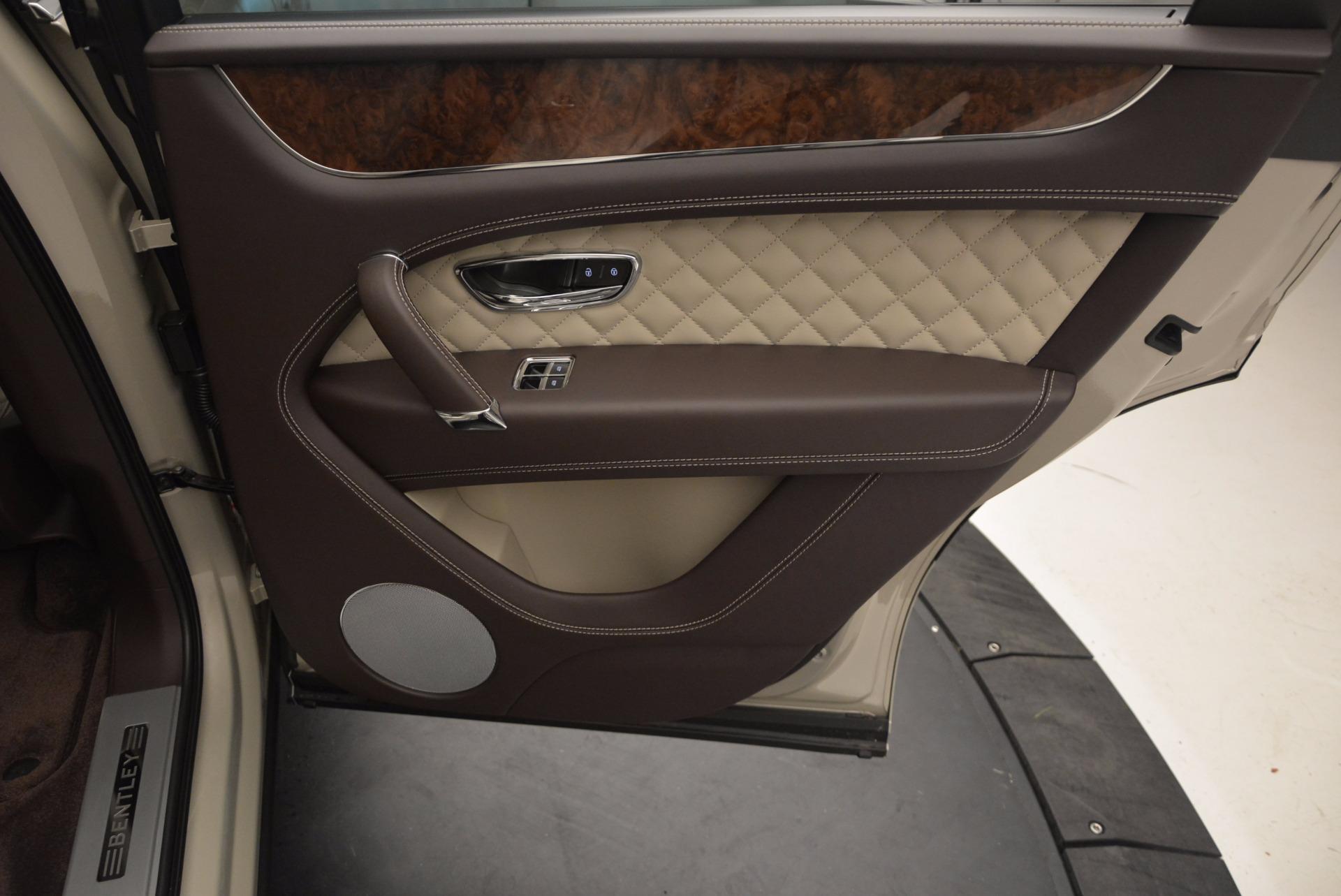 Used 2017 Bentley Bentayga  For Sale In Westport, CT 695_p40