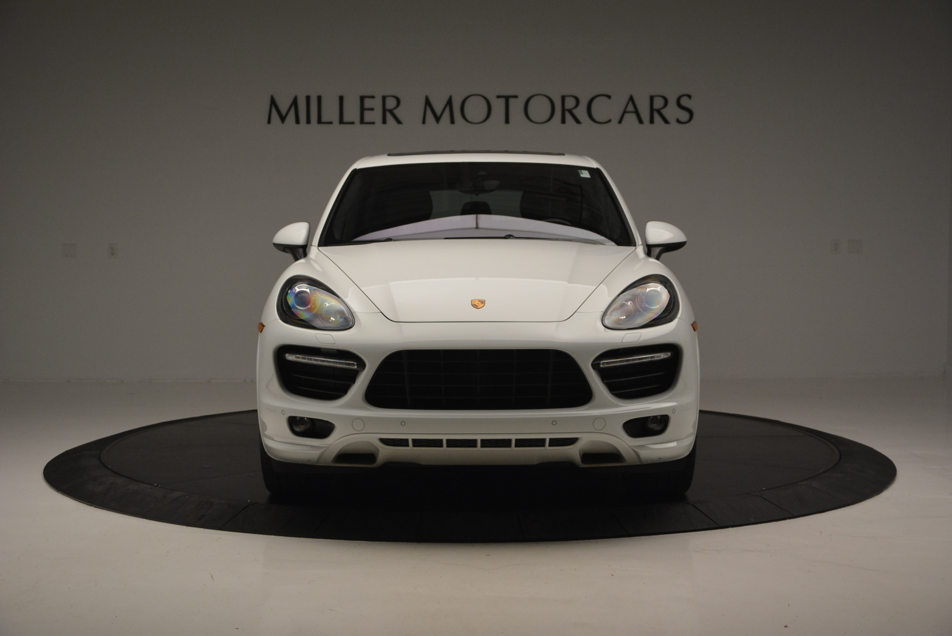 Used 2014 Porsche Cayenne GTS For Sale In Westport, CT 697_p12