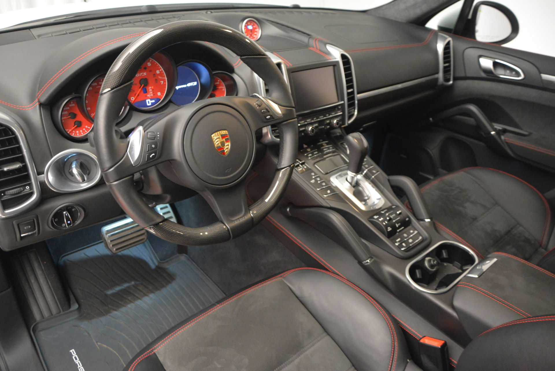 Used 2014 Porsche Cayenne GTS For Sale In Westport, CT 697_p15