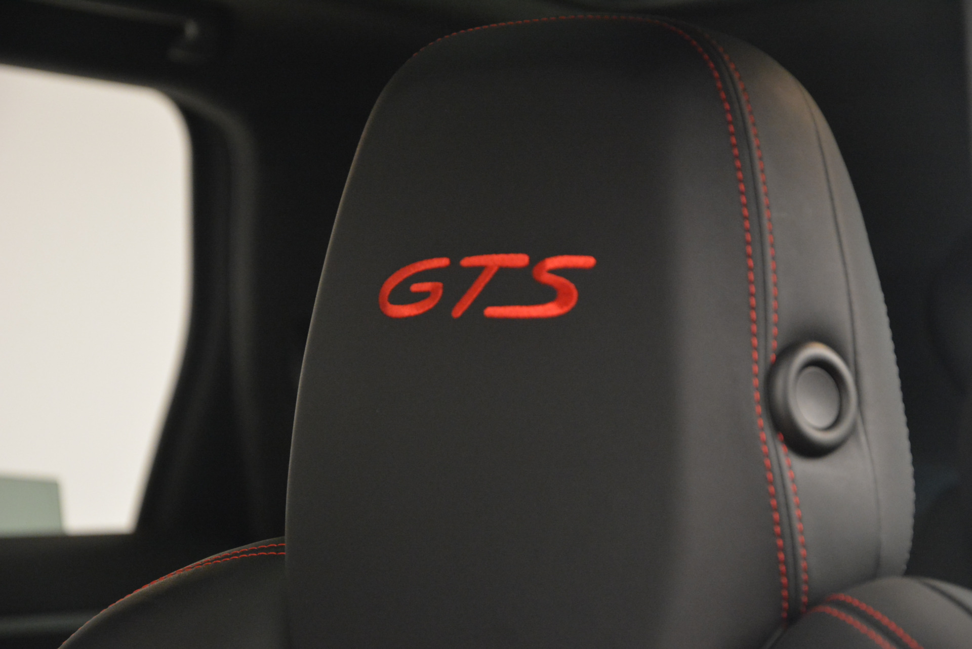 Used 2014 Porsche Cayenne GTS For Sale In Westport, CT 697_p18