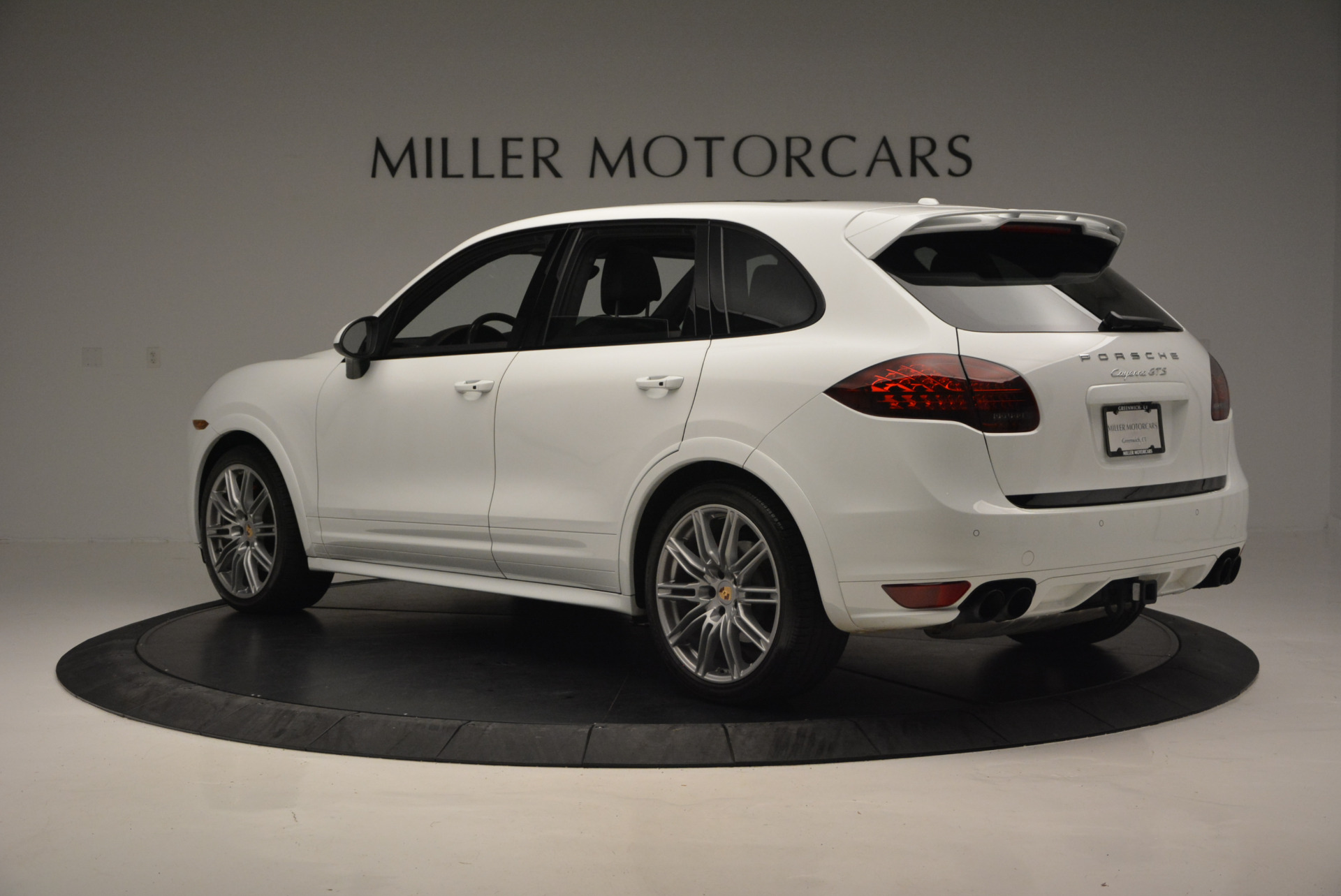 Used 2014 Porsche Cayenne GTS For Sale In Westport, CT 697_p4