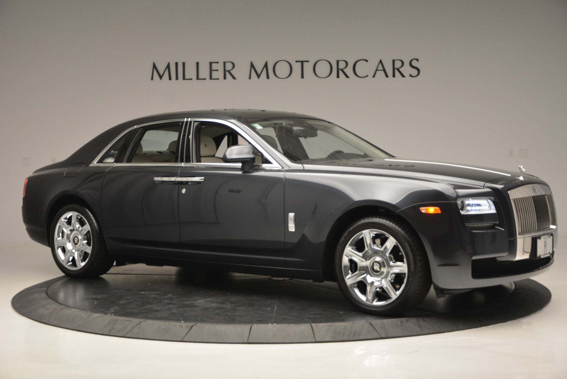 Used 2013 Rolls-Royce Ghost  For Sale In Westport, CT 702_p11