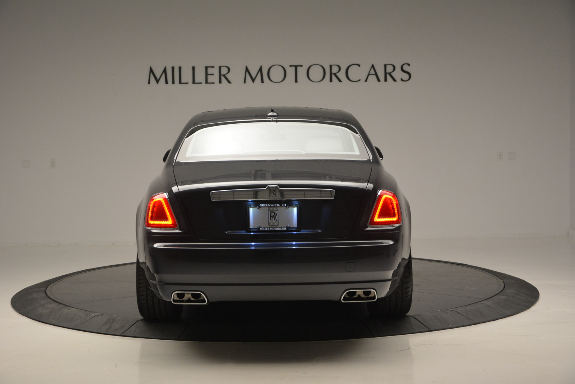 Used 2013 Rolls-Royce Ghost  For Sale In Westport, CT 702_p7