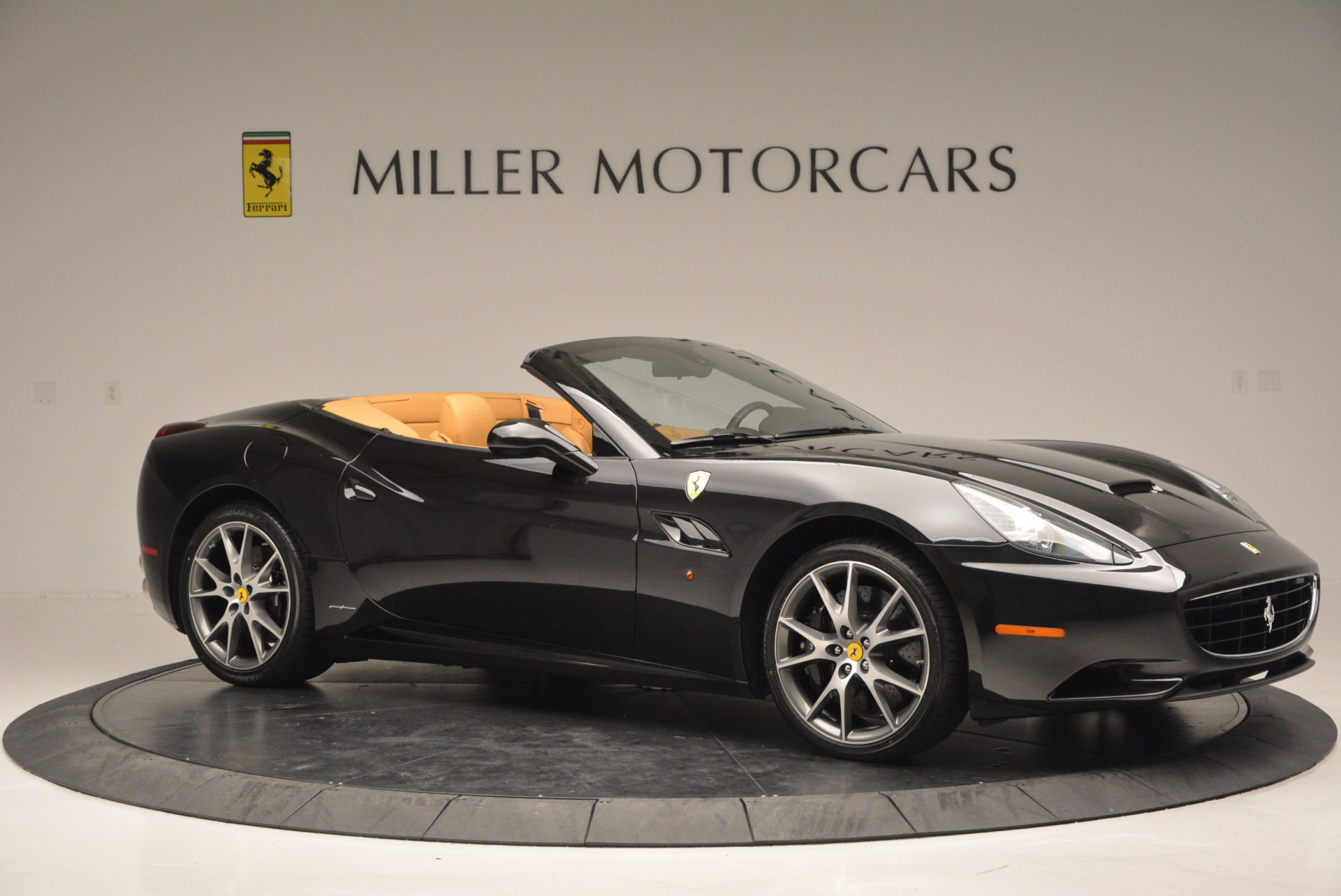 Used 2010 Ferrari California  For Sale In Westport, CT 705_p10