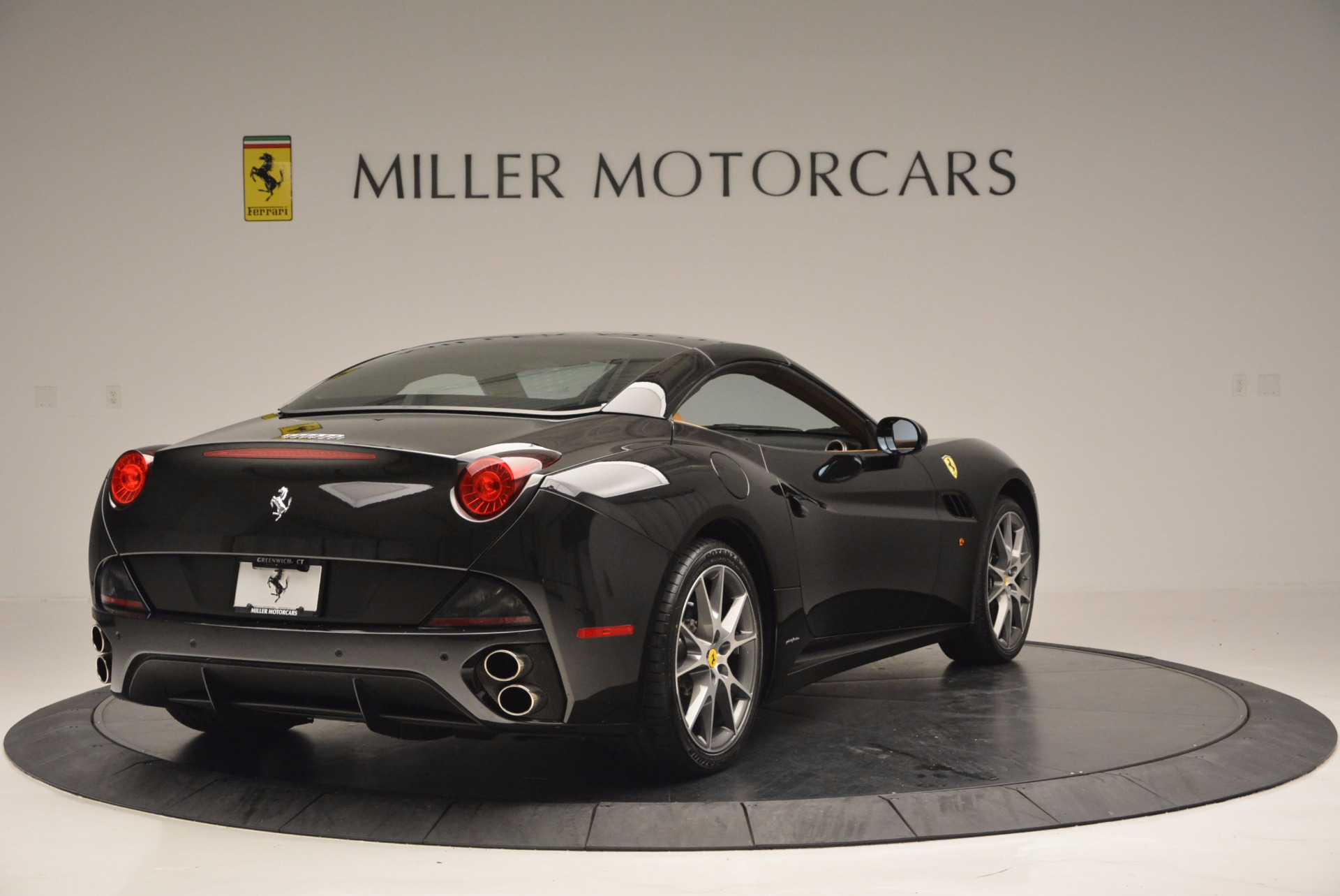 Used 2010 Ferrari California  For Sale In Westport, CT 705_p19