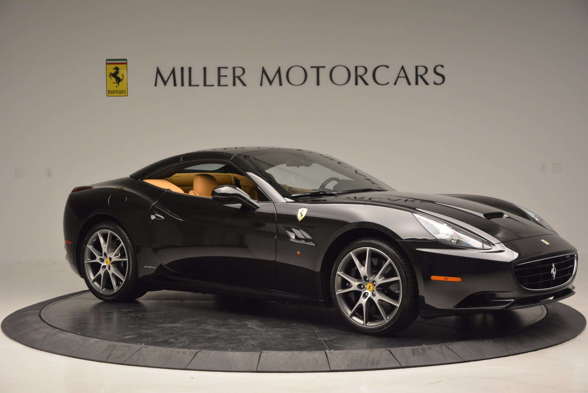 Used 2010 Ferrari California  For Sale In Westport, CT 705_p22