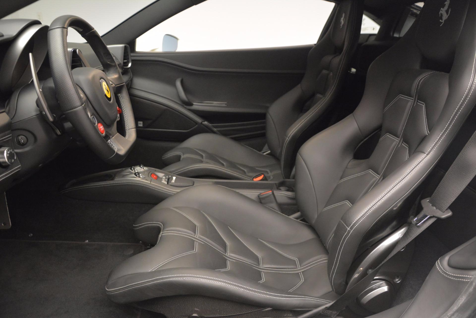 Used 2012 Ferrari 458 Italia  For Sale In Westport, CT 709_p14
