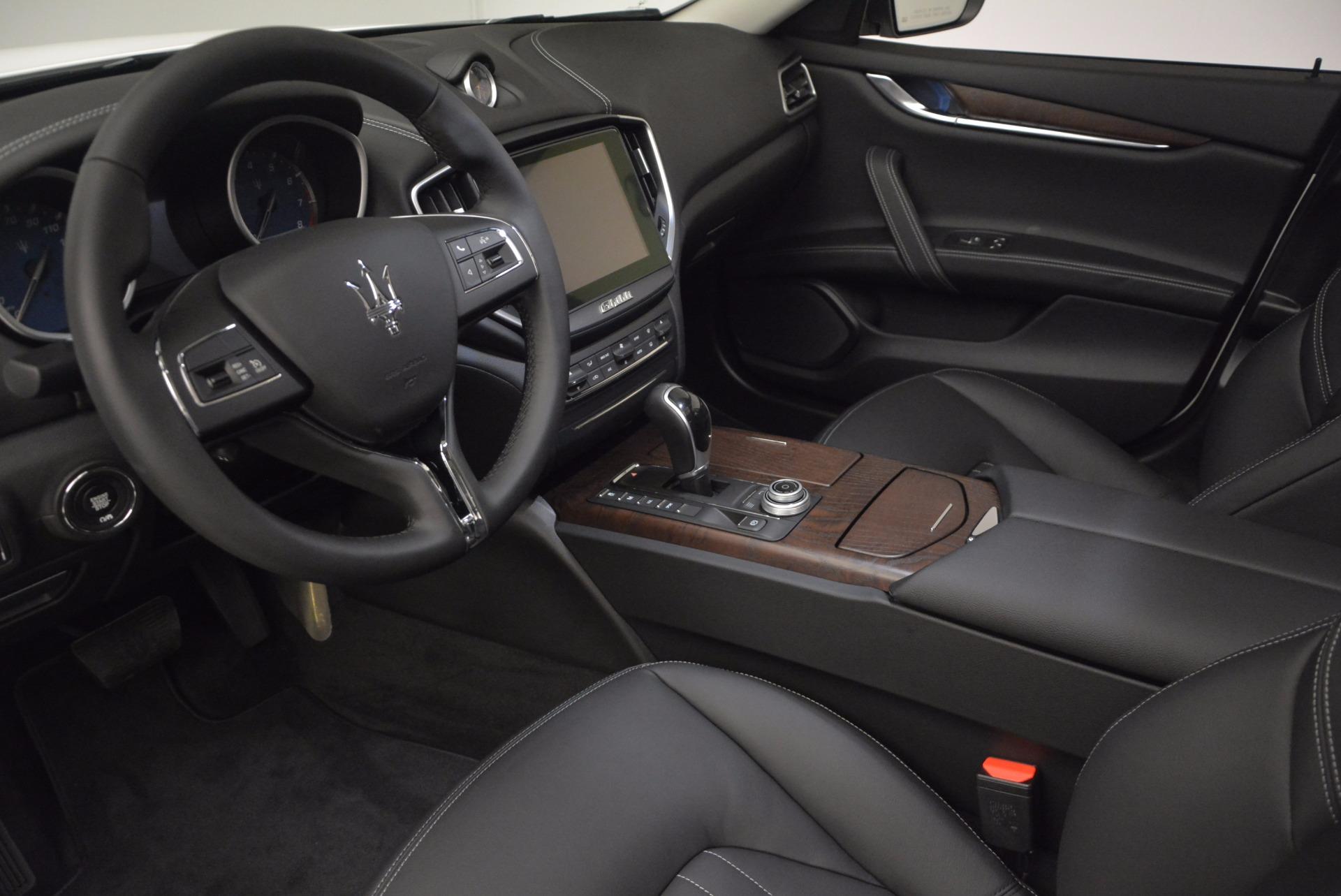 New 2017 Maserati Ghibli SQ4 For Sale In Westport, CT 724_p13