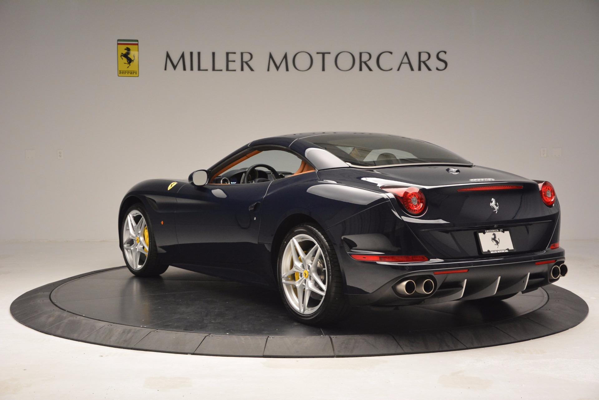 Used 2015 Ferrari California T  For Sale In Westport, CT 737_p17