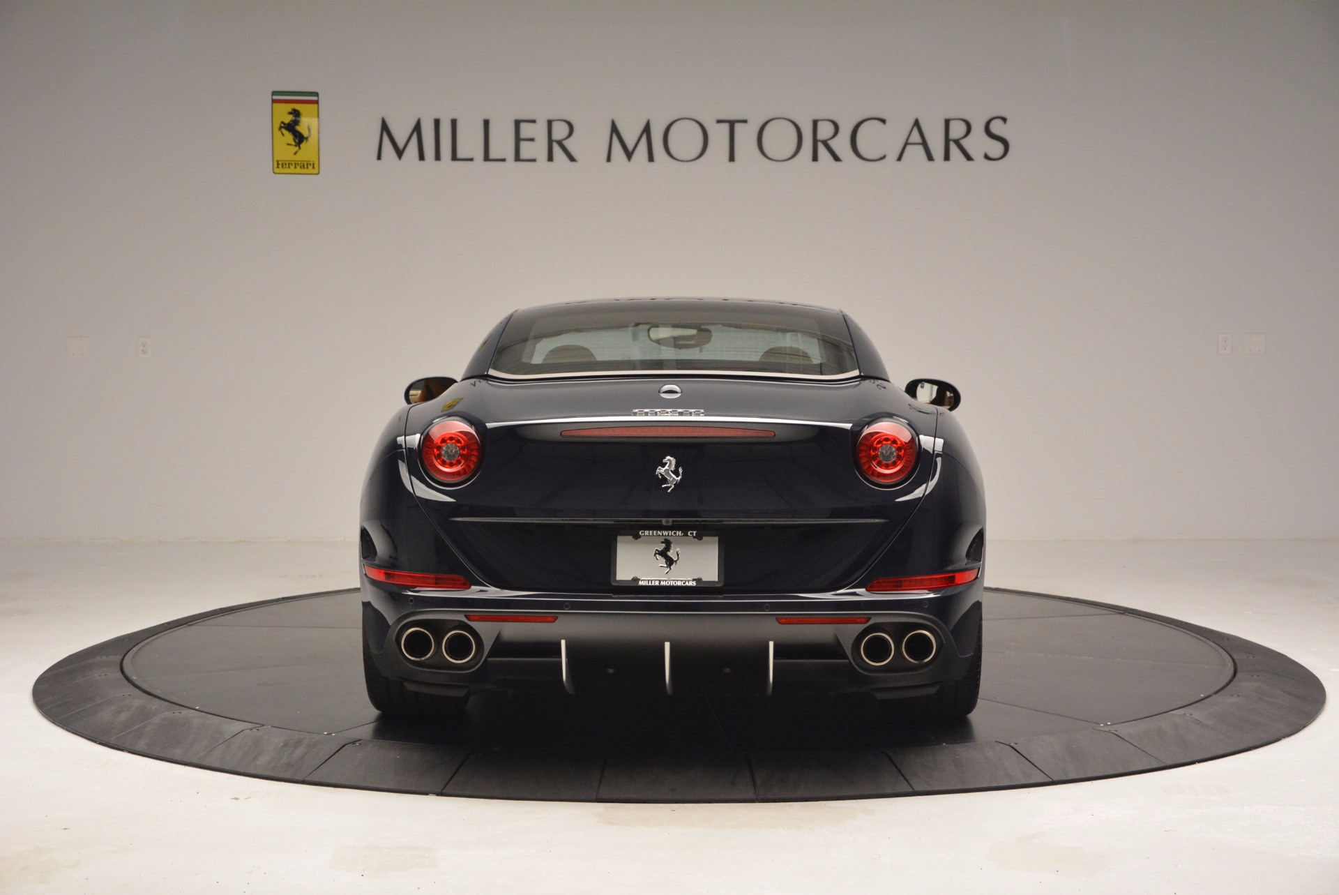 Used 2015 Ferrari California T  For Sale In Westport, CT 737_p18