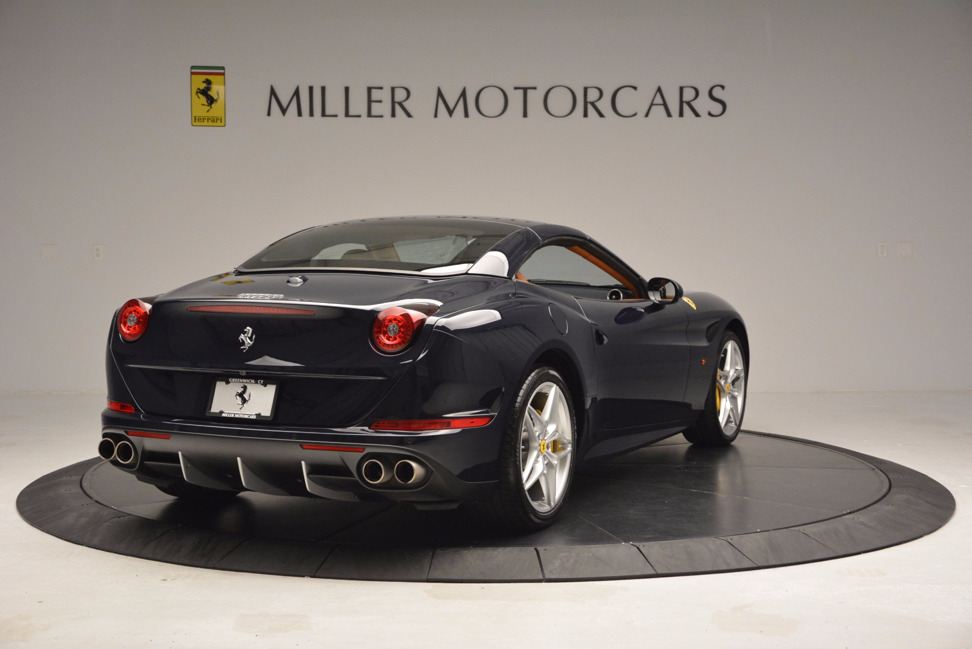 Used 2015 Ferrari California T  For Sale In Westport, CT 737_p19