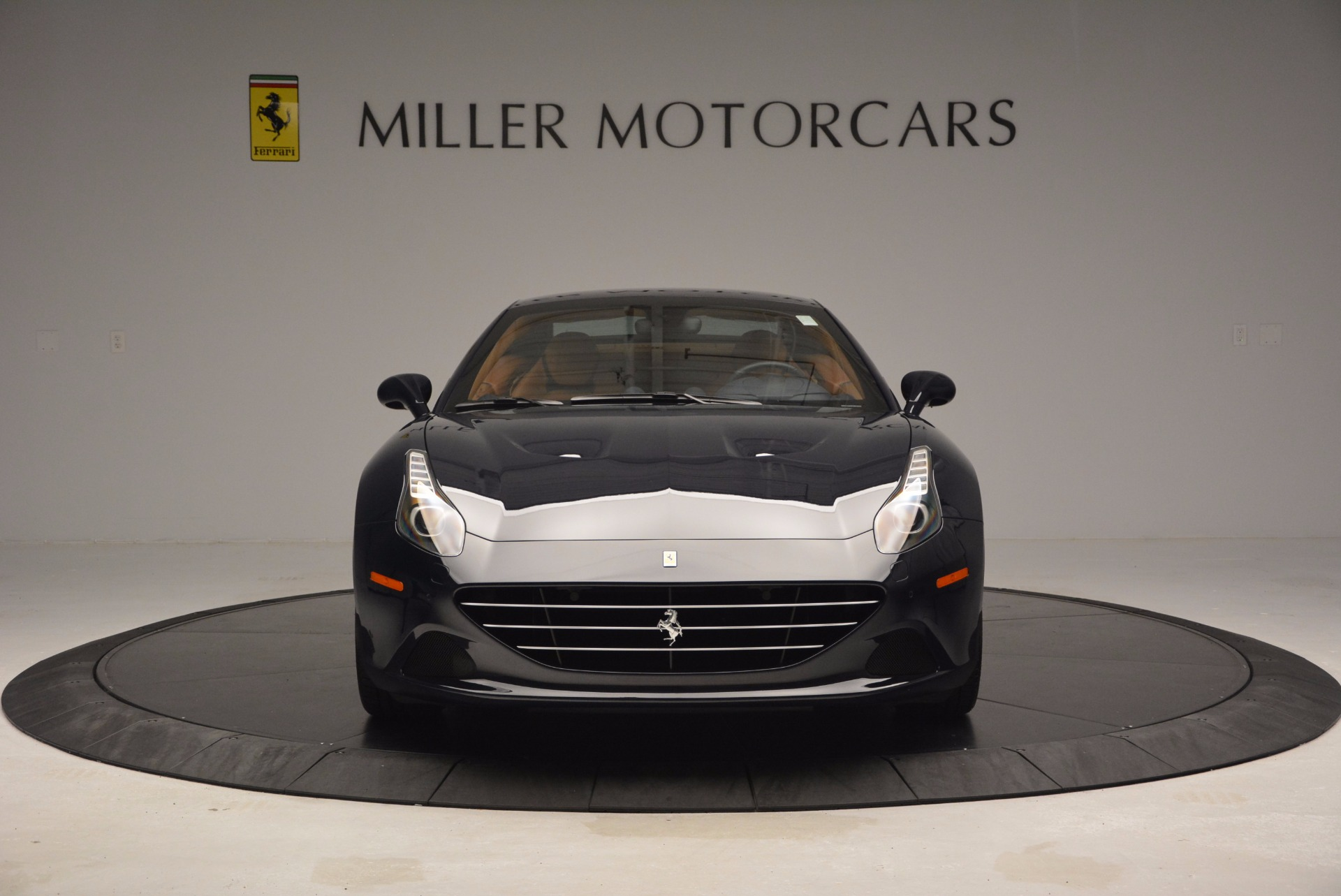 Used 2015 Ferrari California T  For Sale In Westport, CT 737_p24