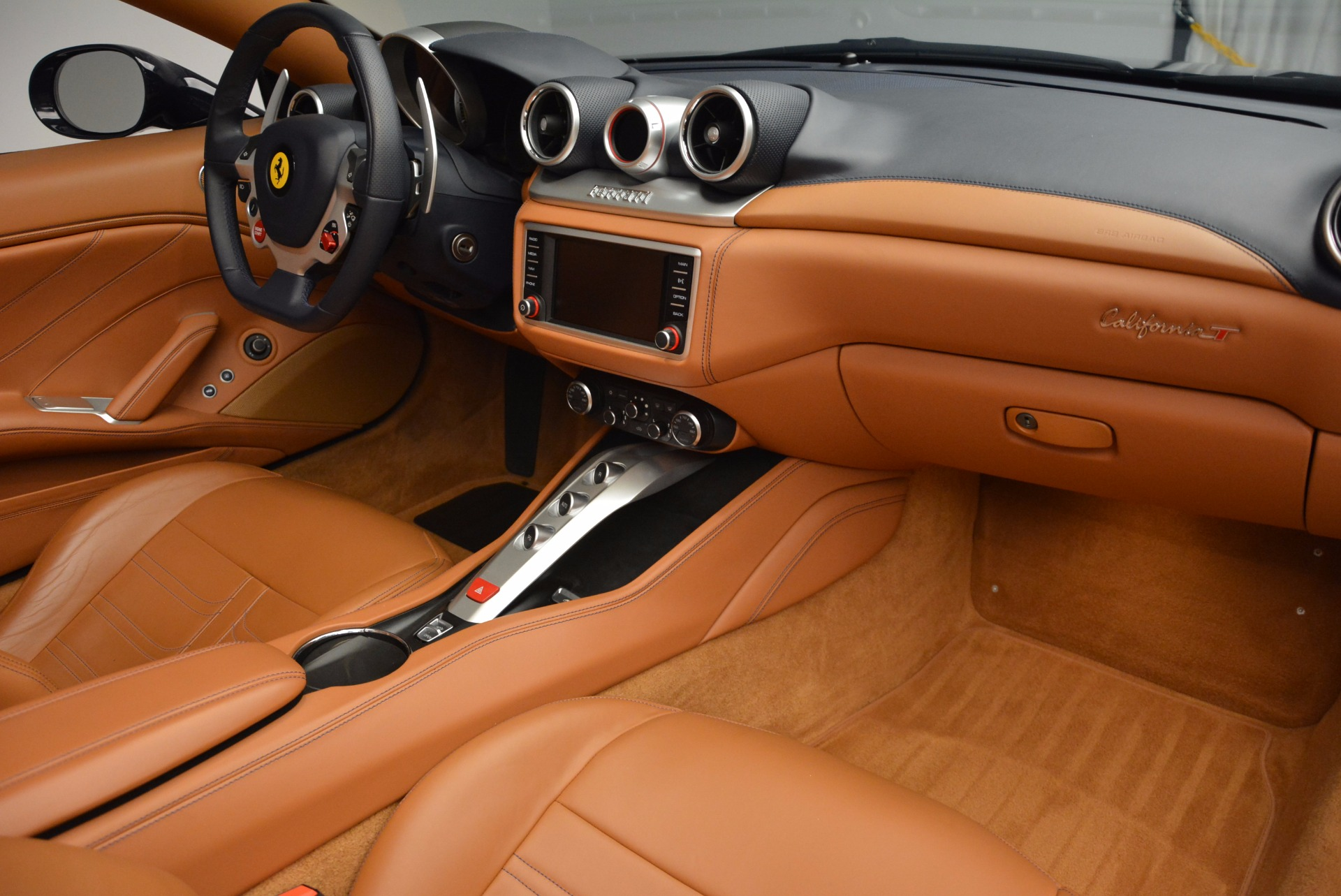 Used 2015 Ferrari California T  For Sale In Westport, CT 737_p30
