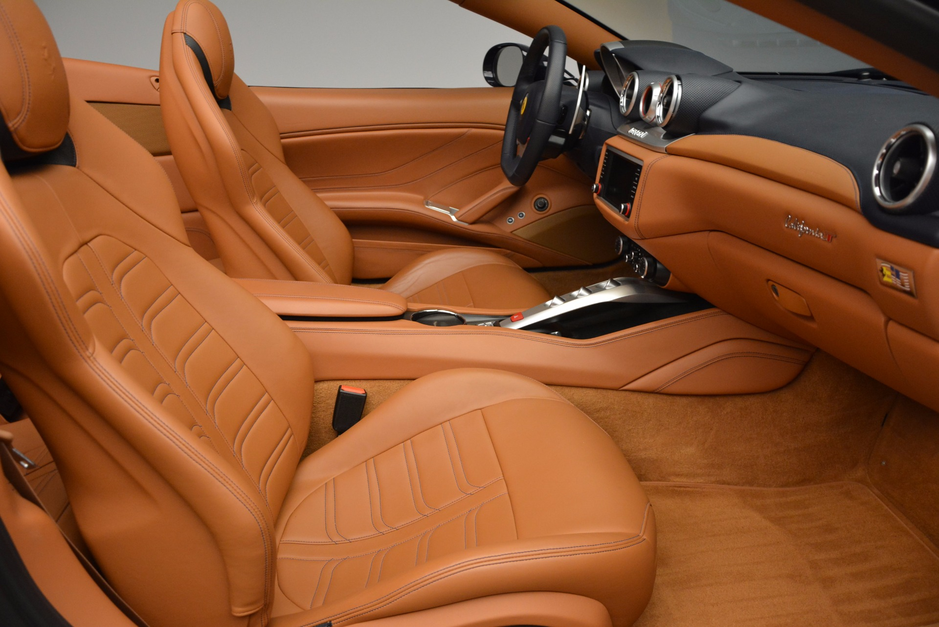 Used 2015 Ferrari California T  For Sale In Westport, CT 737_p31