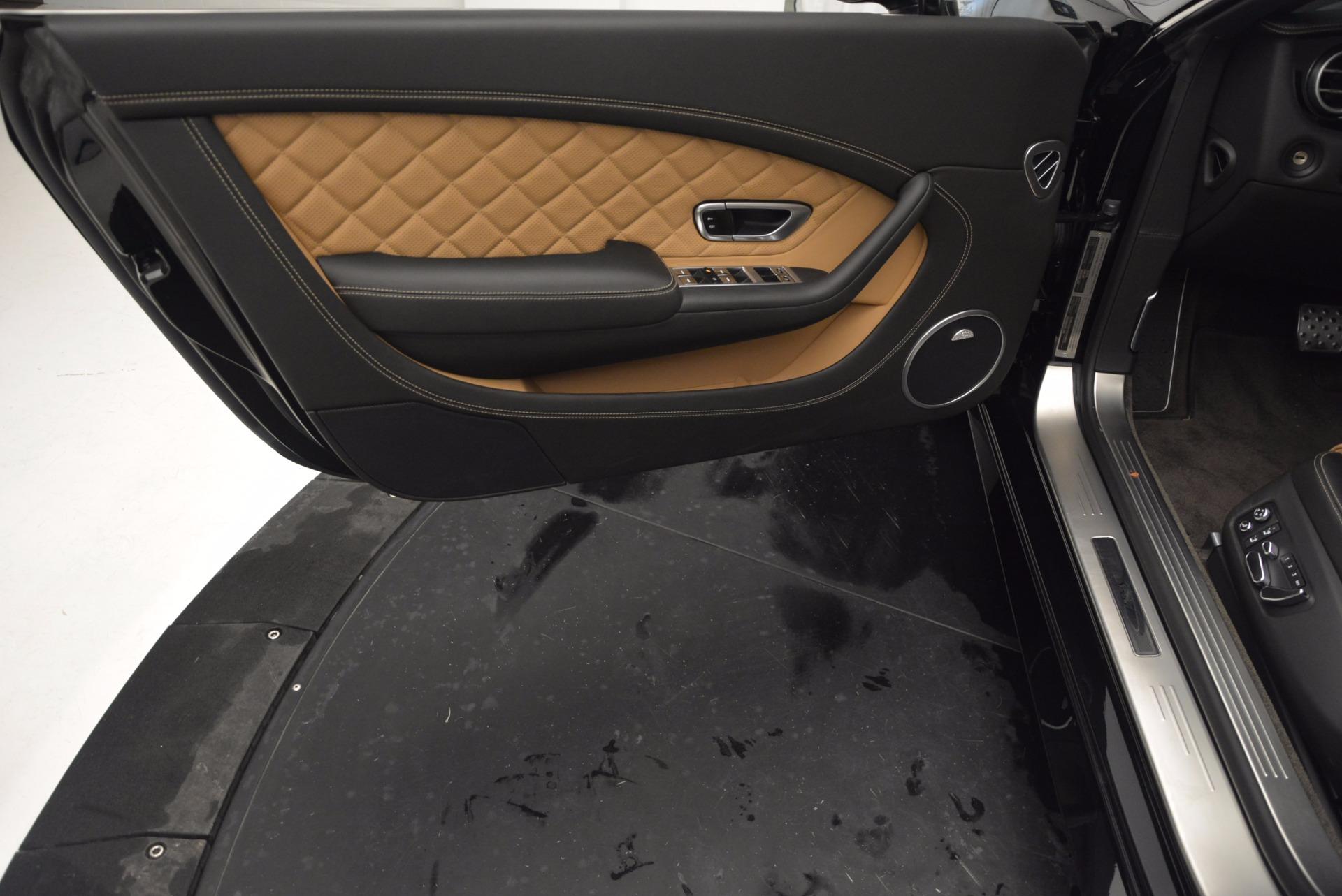 Used 2016 Bentley Continental GT Speed Convertible  For Sale In Westport, CT 741_p27