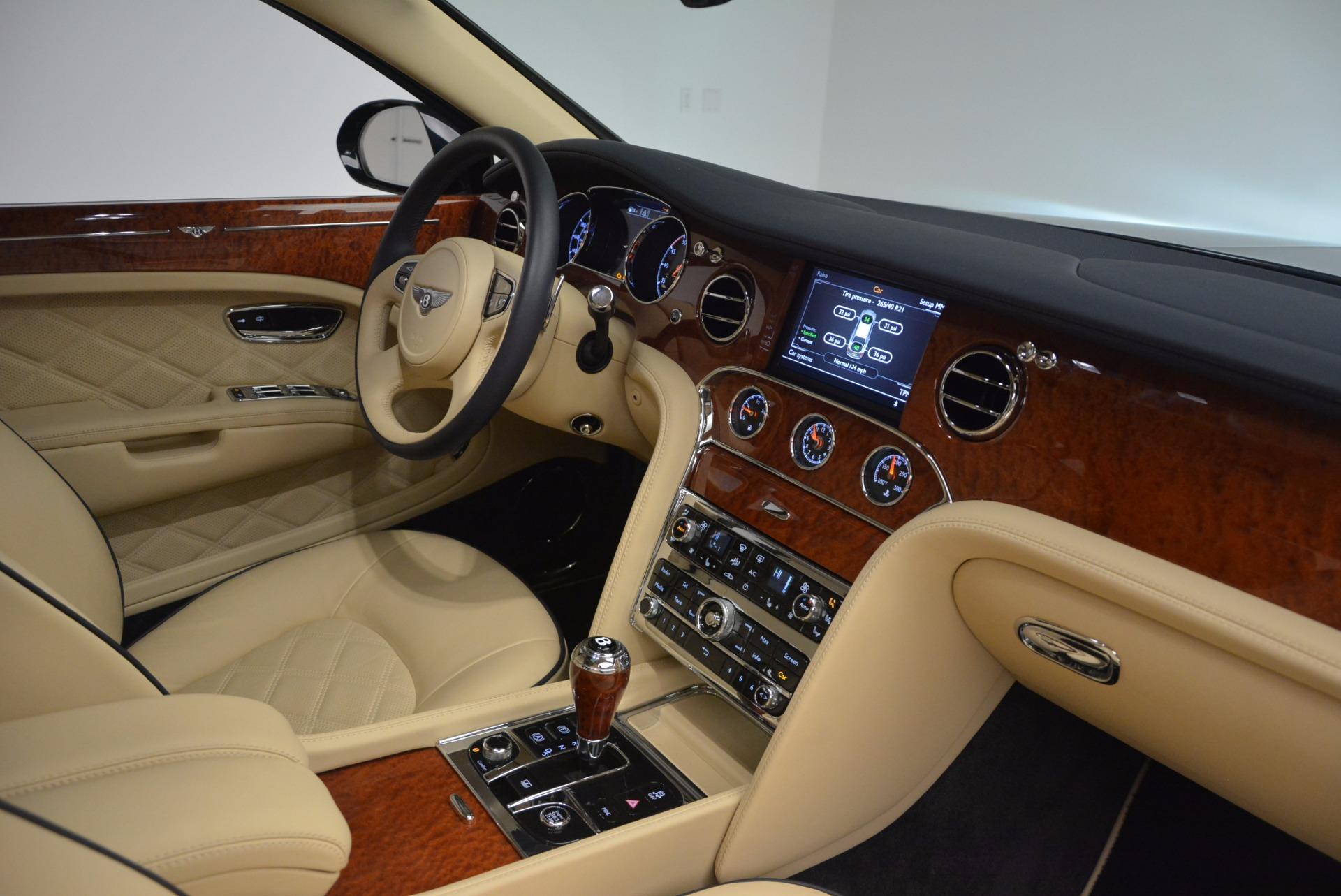 Used 2016 Bentley Mulsanne  For Sale In Westport, CT 742_p32