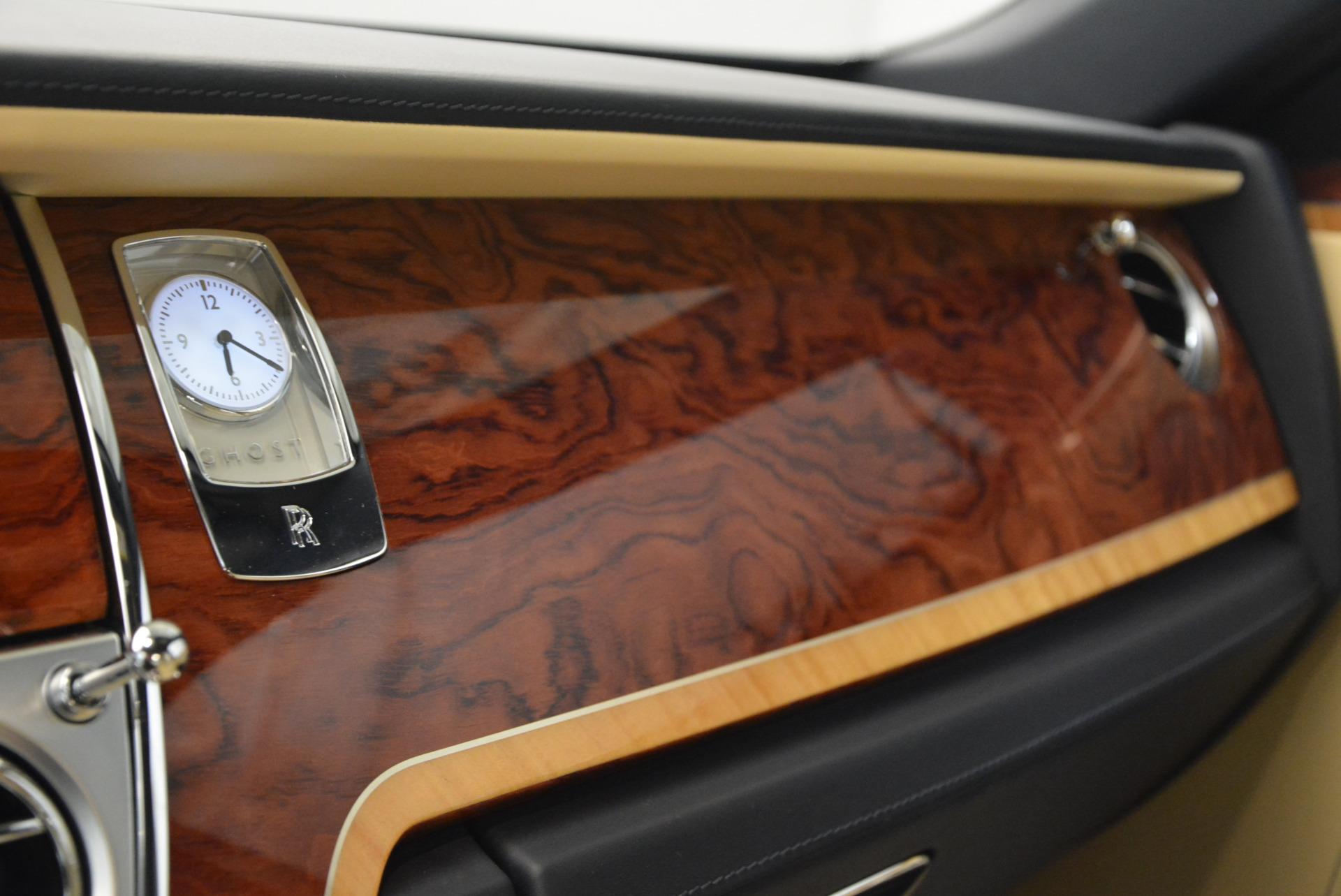 Used 2016 Rolls-Royce Ghost EWB For Sale In Westport, CT 746_p24