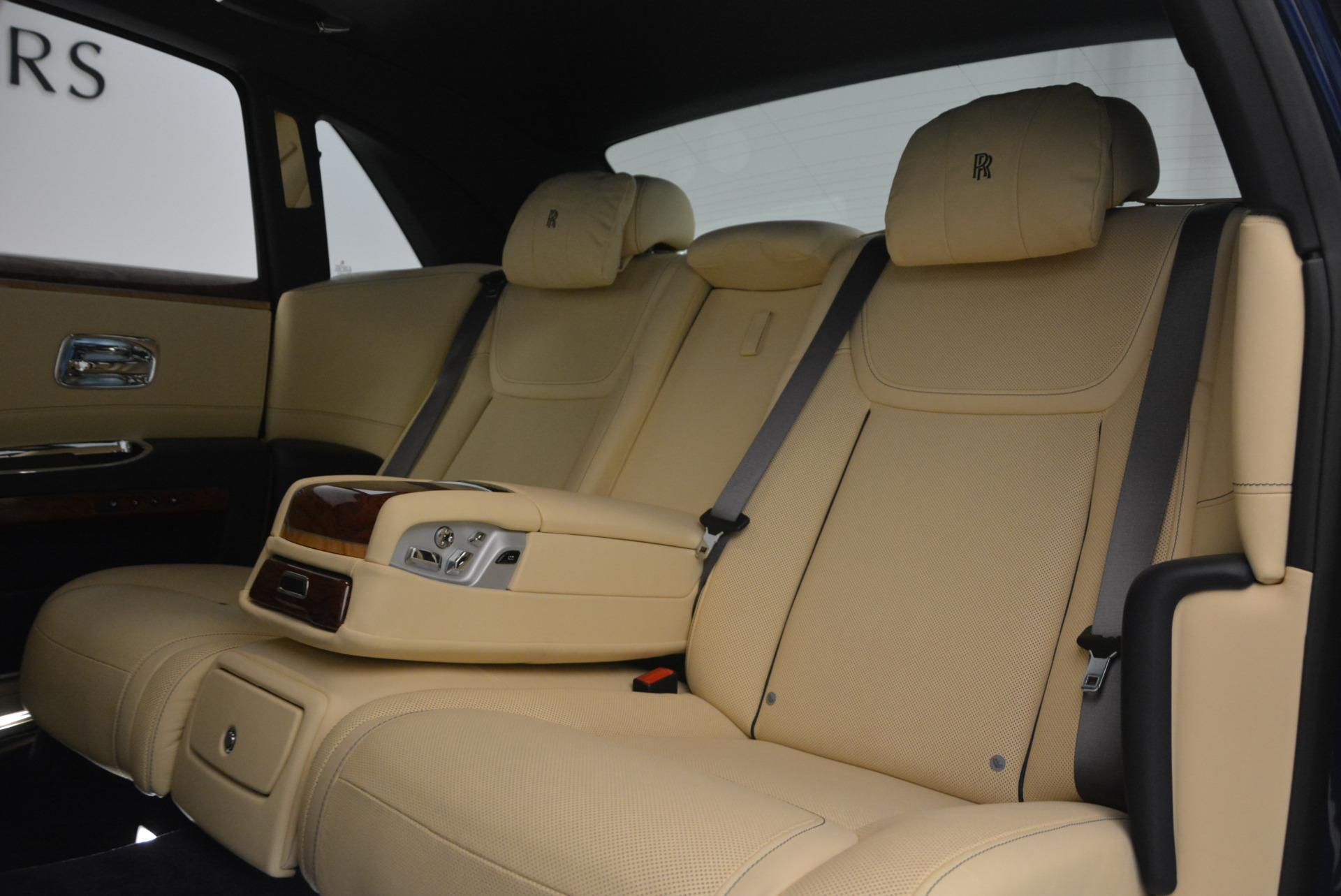 Used 2016 Rolls-Royce Ghost EWB For Sale In Westport, CT 746_p26
