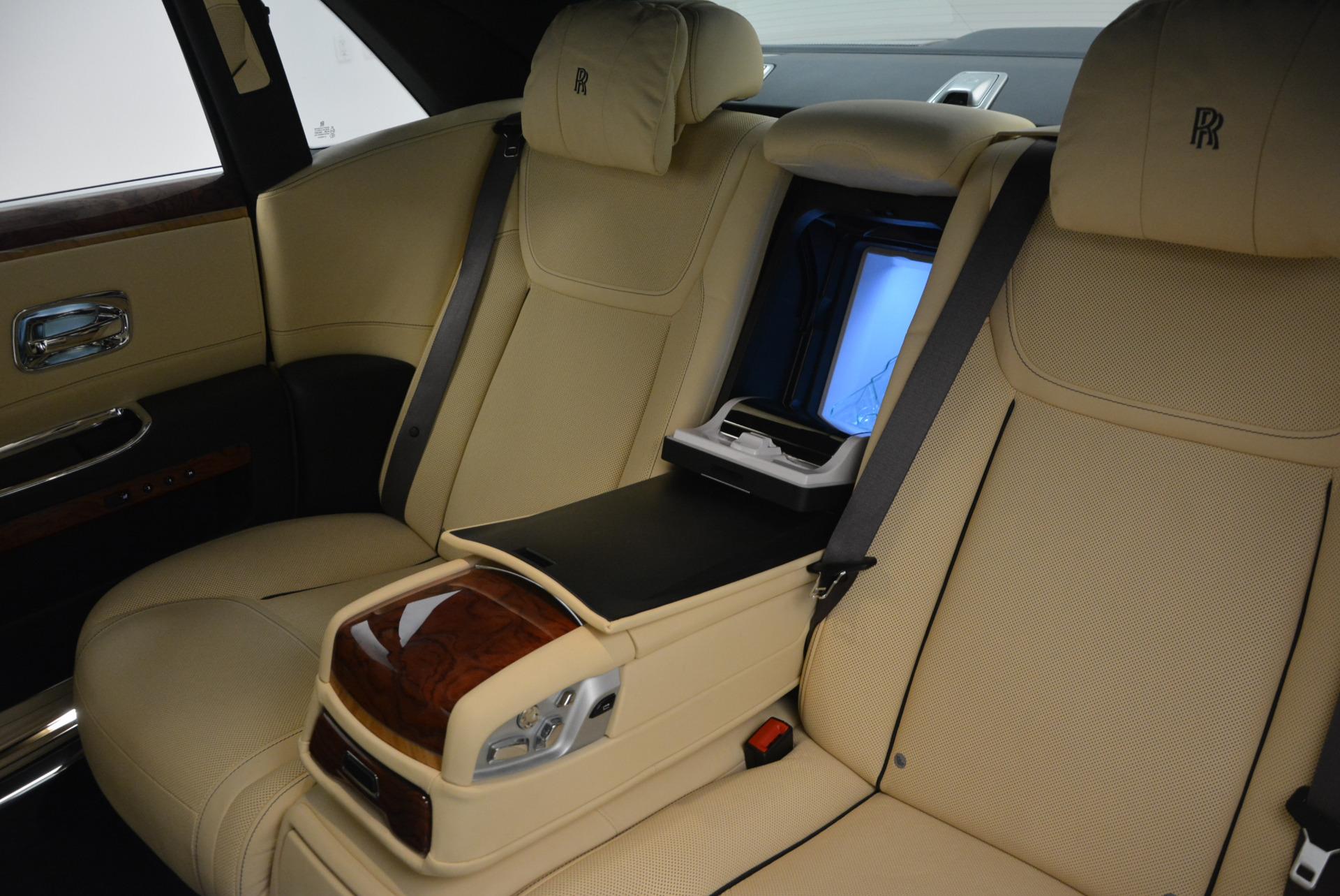 Used 2016 Rolls-Royce Ghost EWB For Sale In Westport, CT 746_p31
