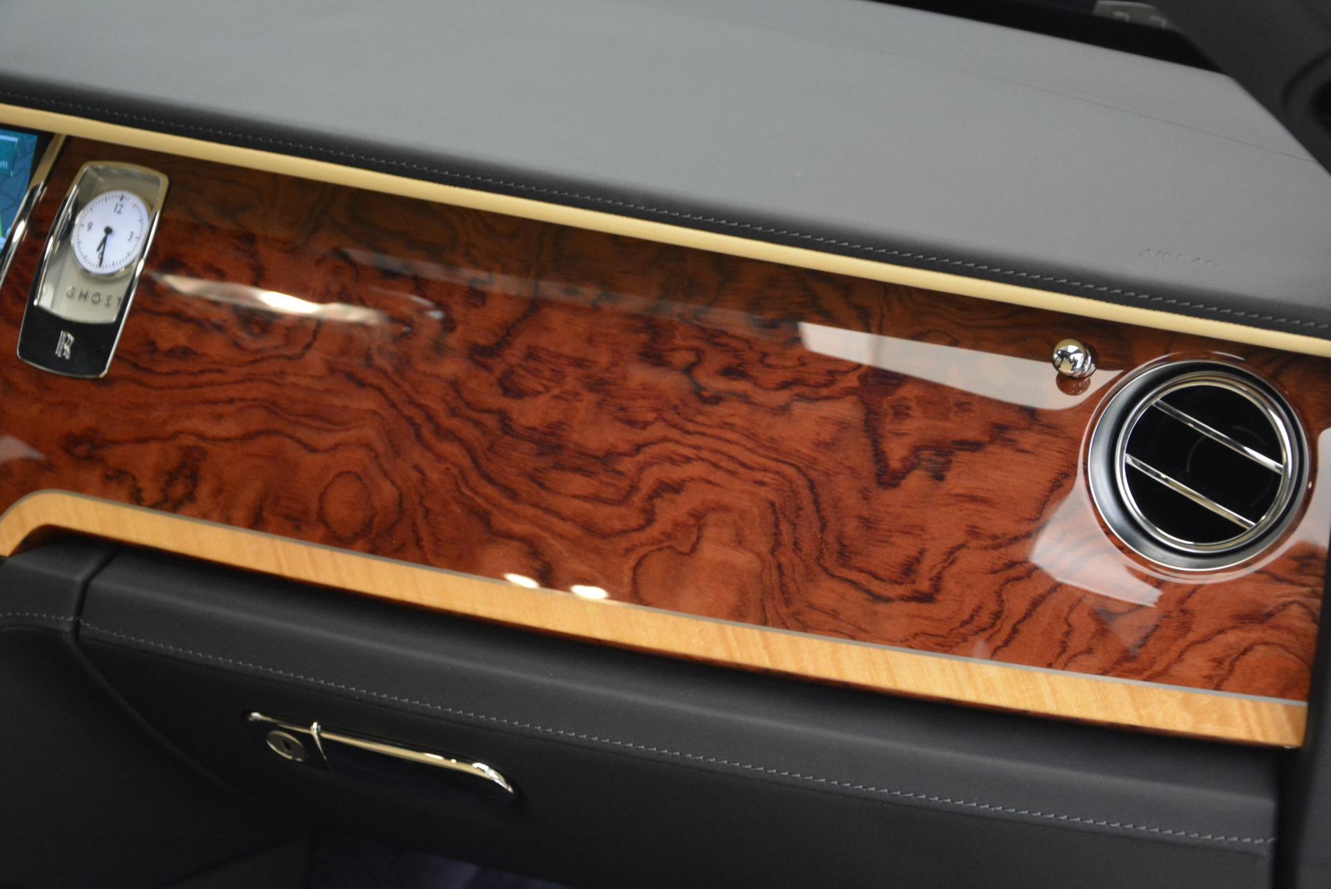 Used 2016 Rolls-Royce Ghost EWB For Sale In Westport, CT 746_p35